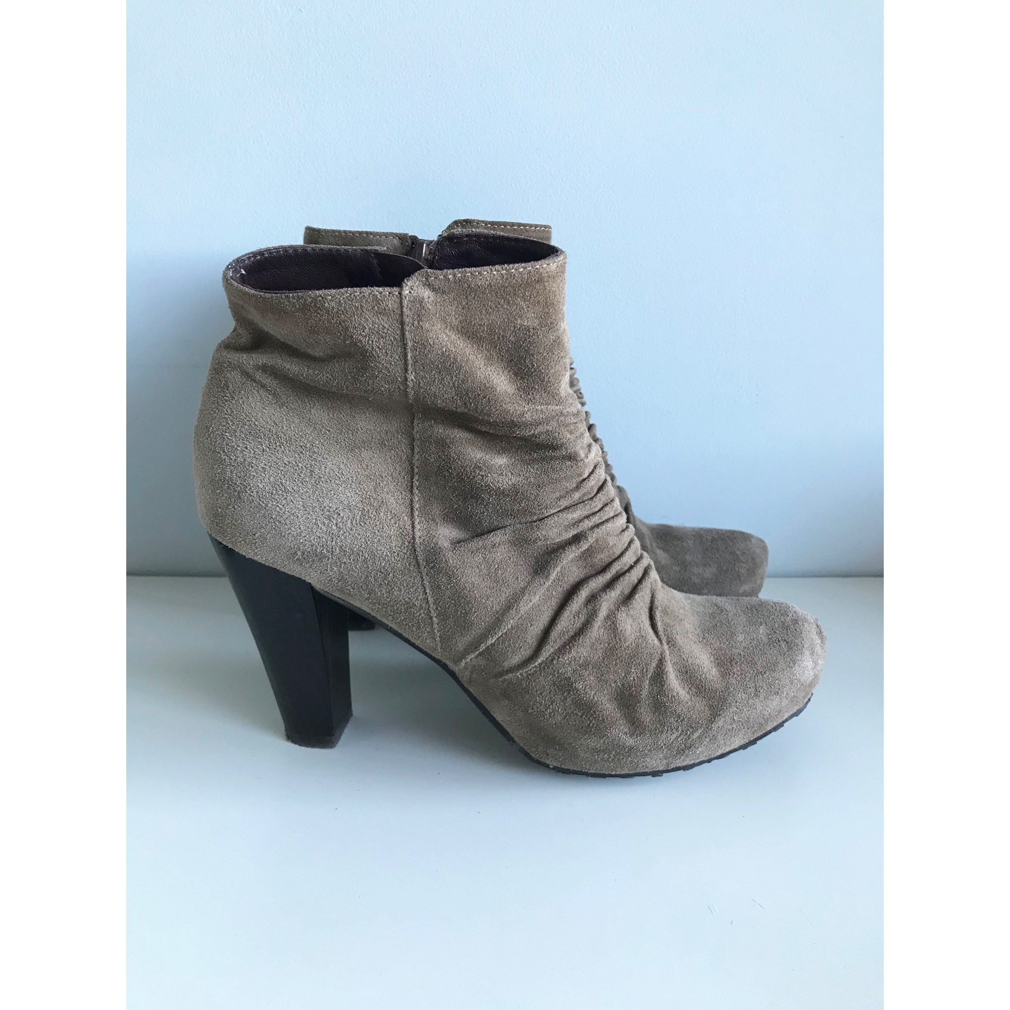 Bottines & low boots à talons WONDERS Marron