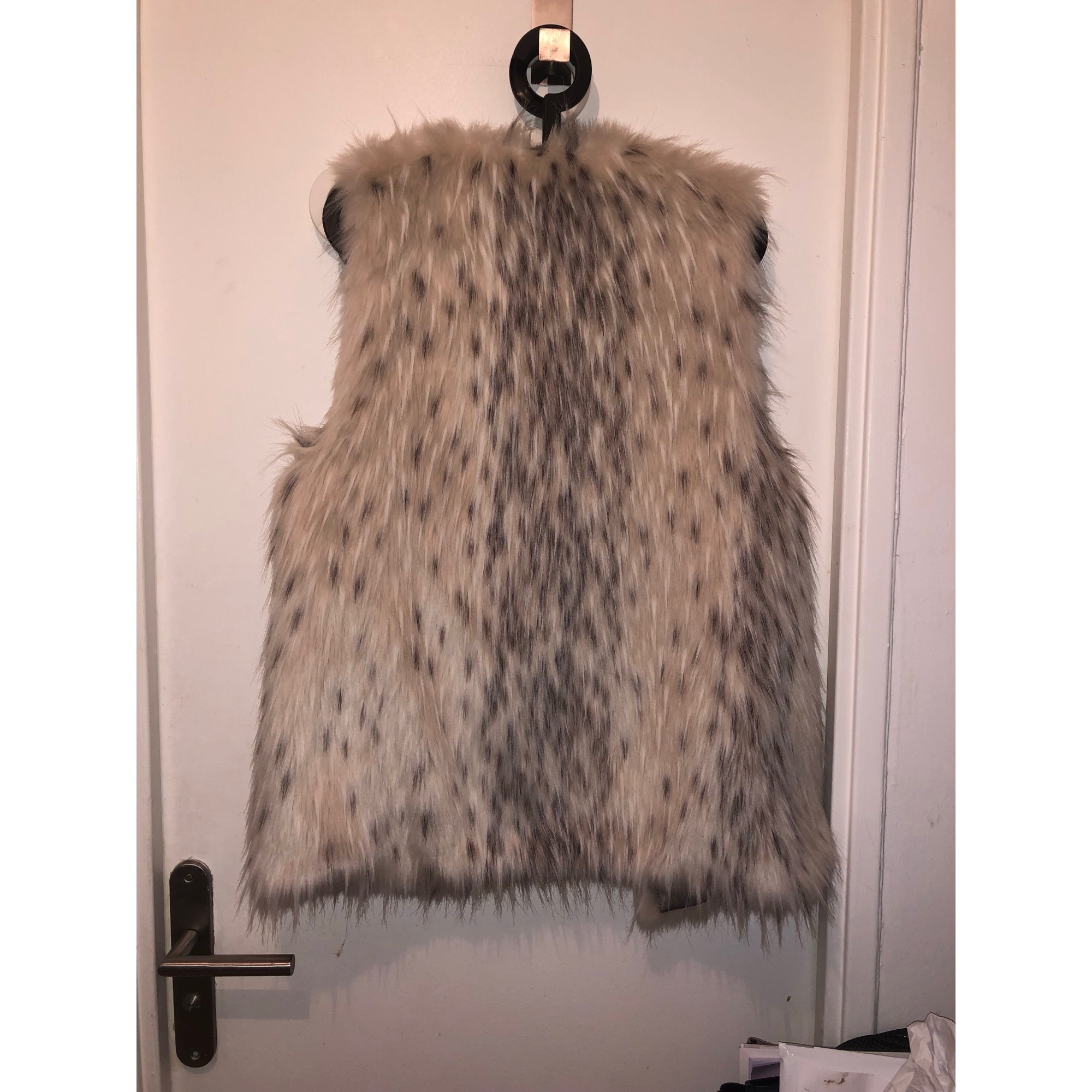 Vestes Zara veste sans manche fourrure Fourrure Beige ref