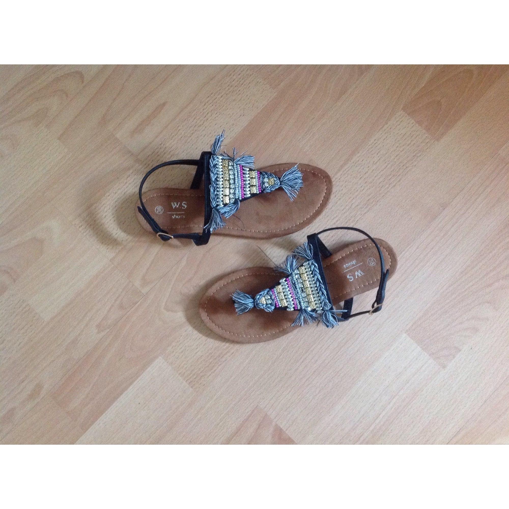 Sandales plates  MARQUE INCONNUE Multicouleur
