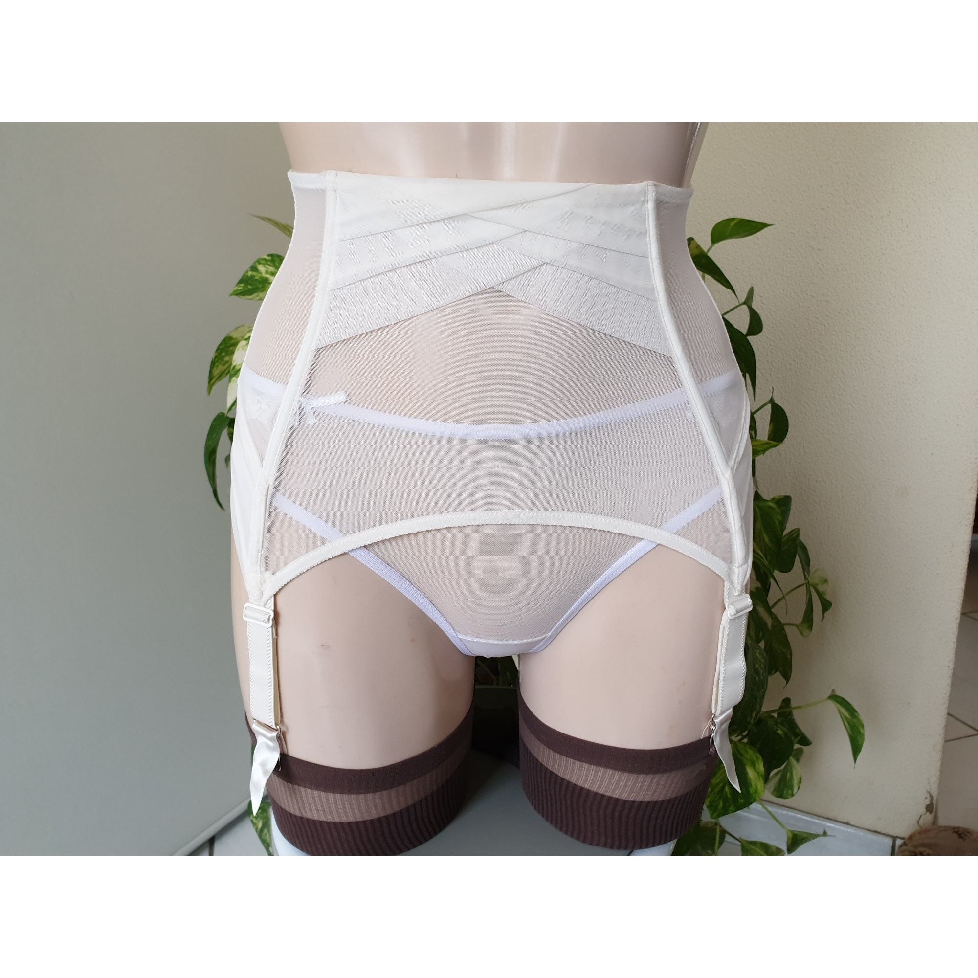 Porte-jarretelles CHANTAL THOMASS Blanc, blanc cassé, écru