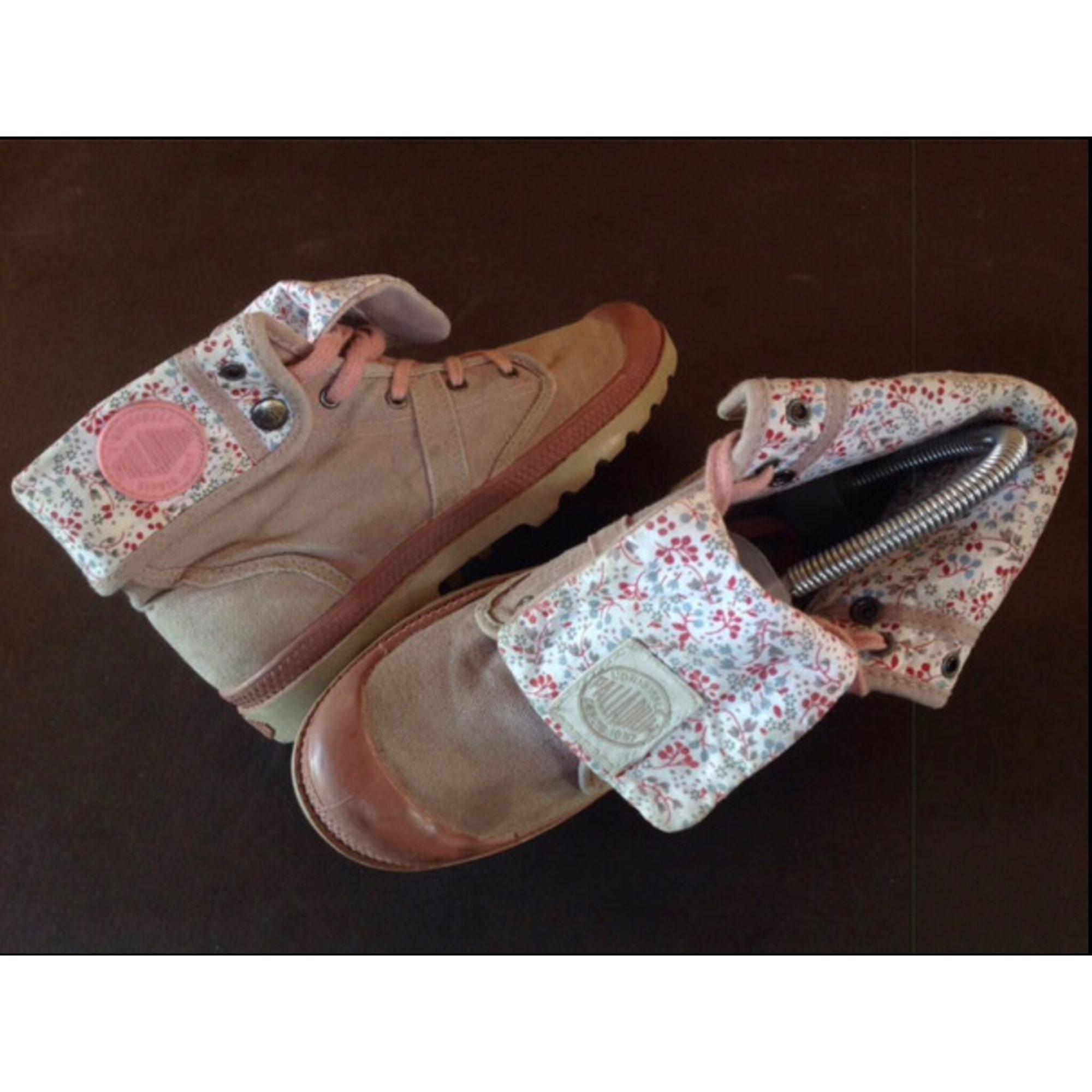 Chaussures à lacets  PALLADIUM Rose vintage