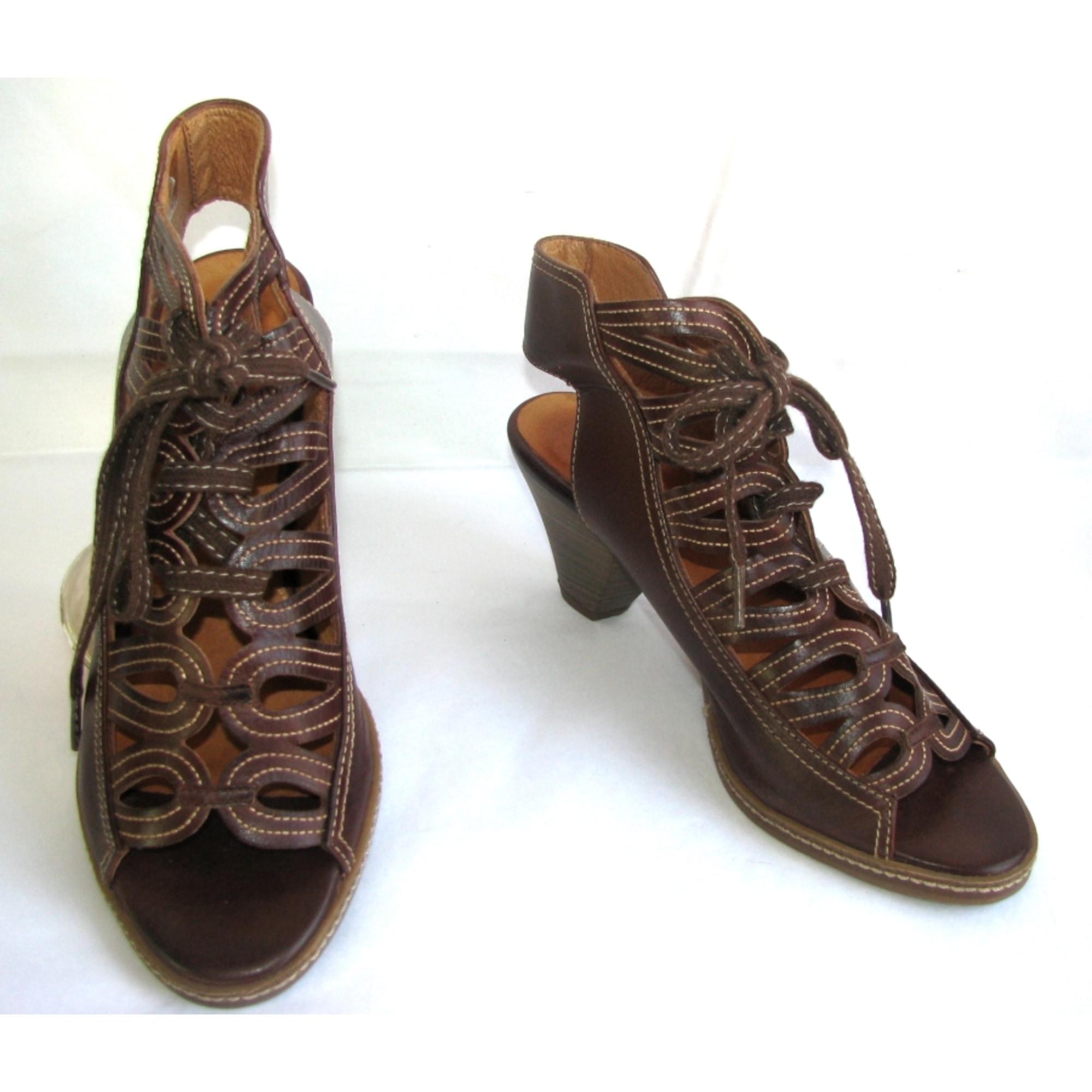 Sandales à talons PIKOLINOS Marron