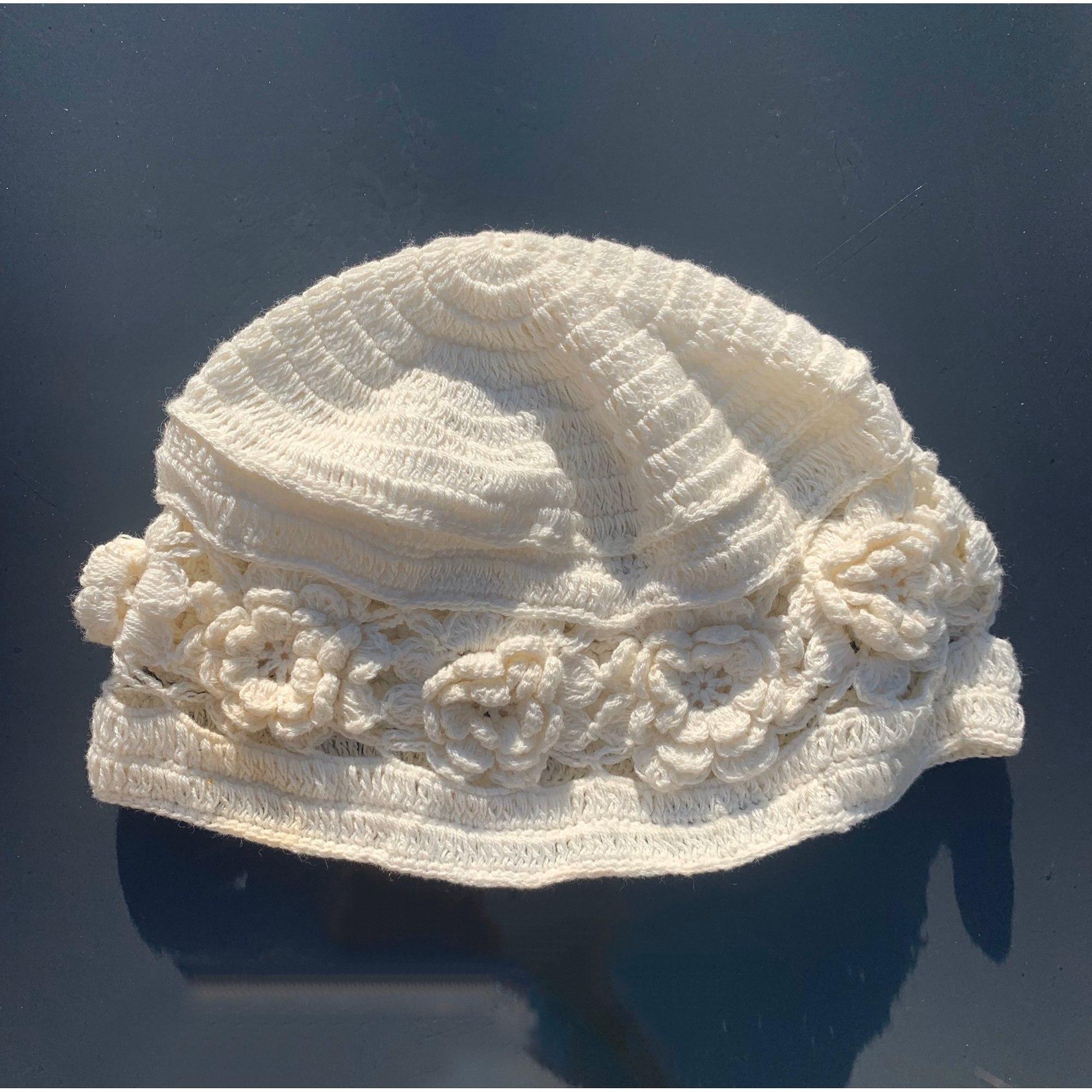 Mütze MILA BLUE Weiß, elfenbeinfarben