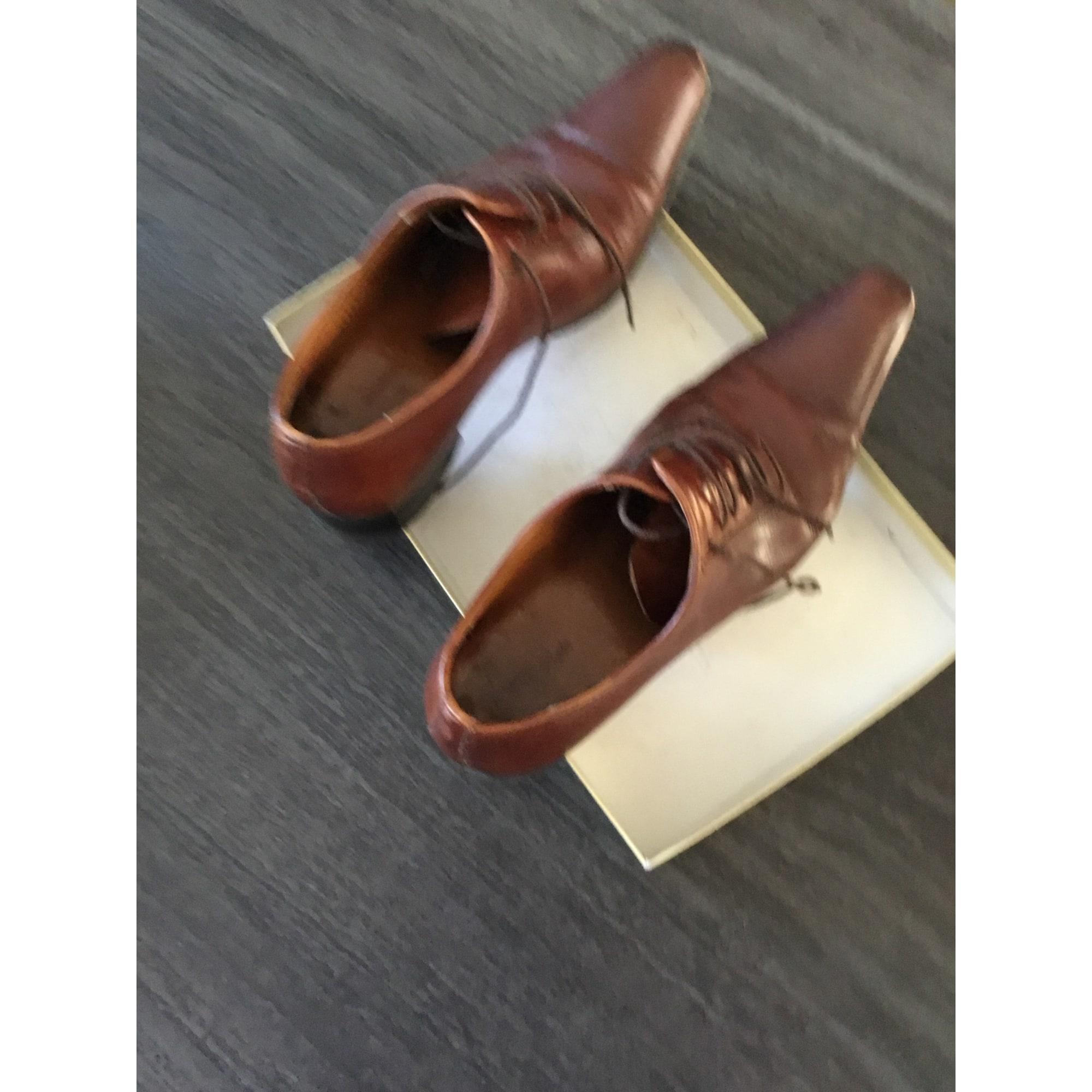 Lace Up Shoes HENRIQUE ENKO Brown