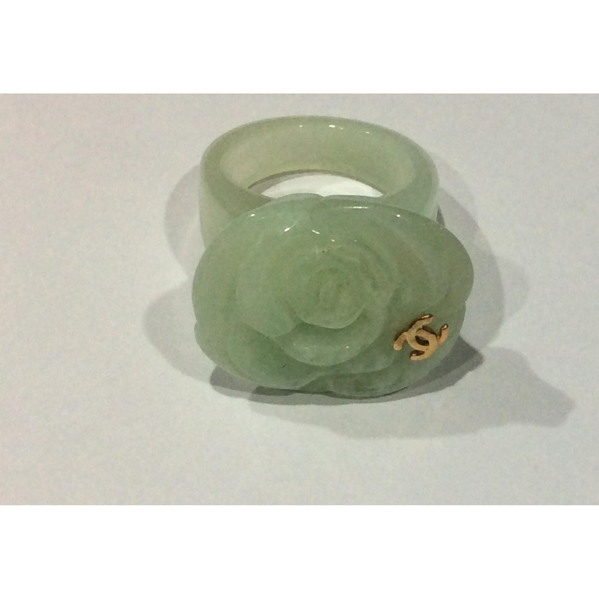 Bague CHANEL plastique Camelia vert 51