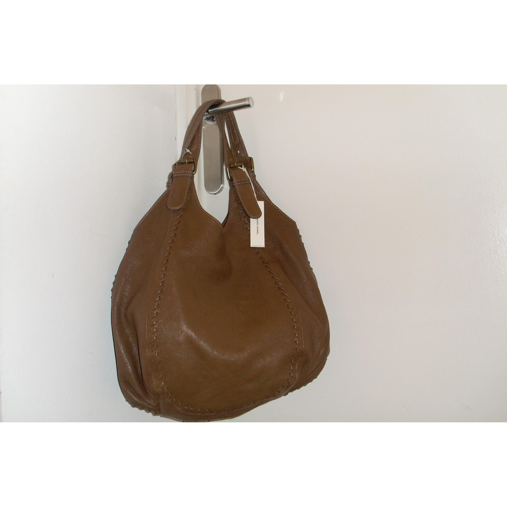 Sac à main en cuir GERARD DAREL beige vendu par Fatima 8250608 - 1016911 f8a80842a9d