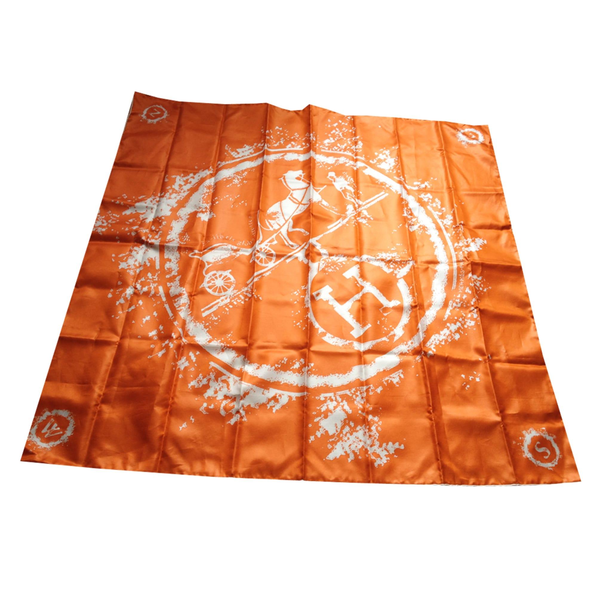 80ce90d695f Foulard HERMÈS orange vendu par Delphine 75 - 1164957