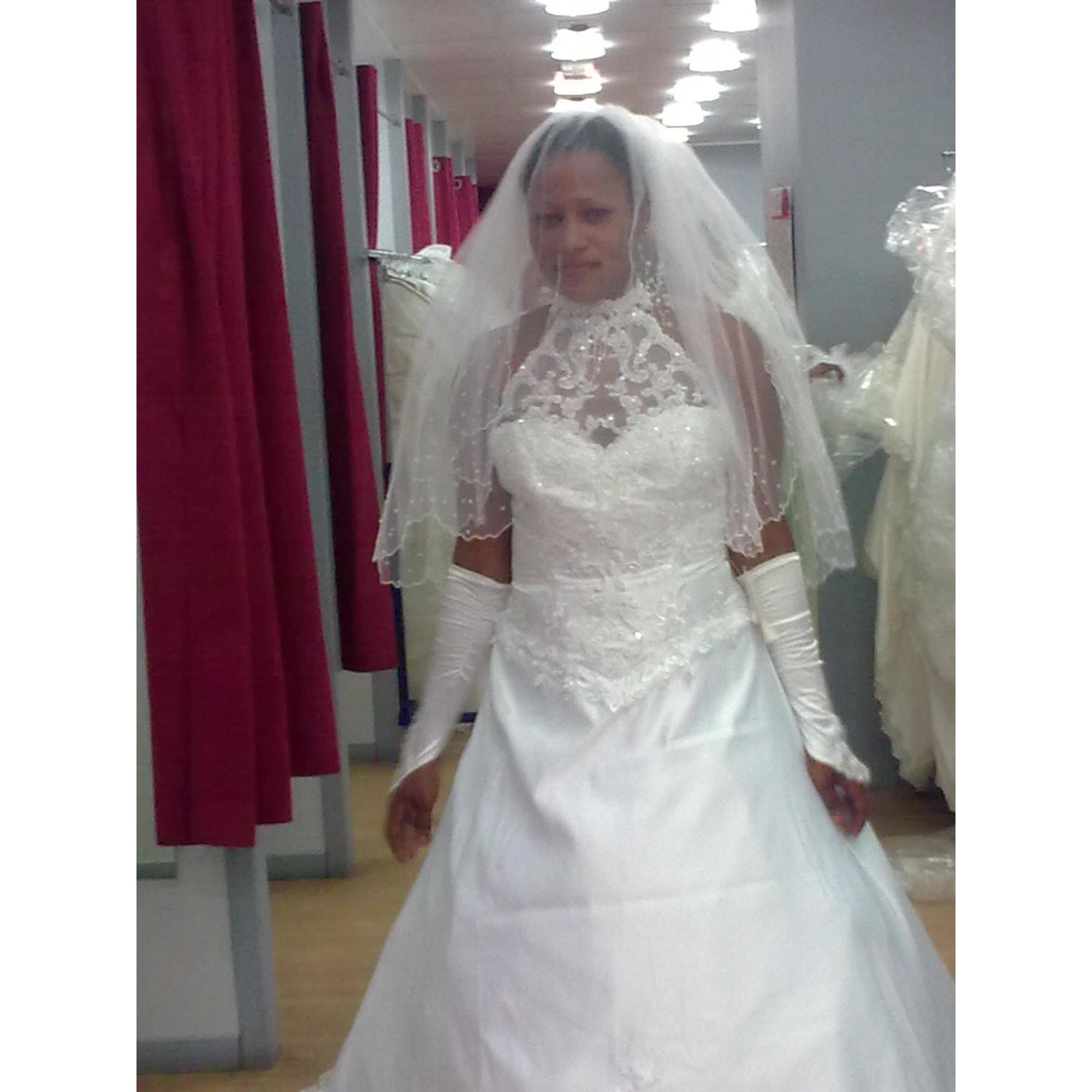 8392315c4ce41 Robe De Mariage Petite Fille Tati