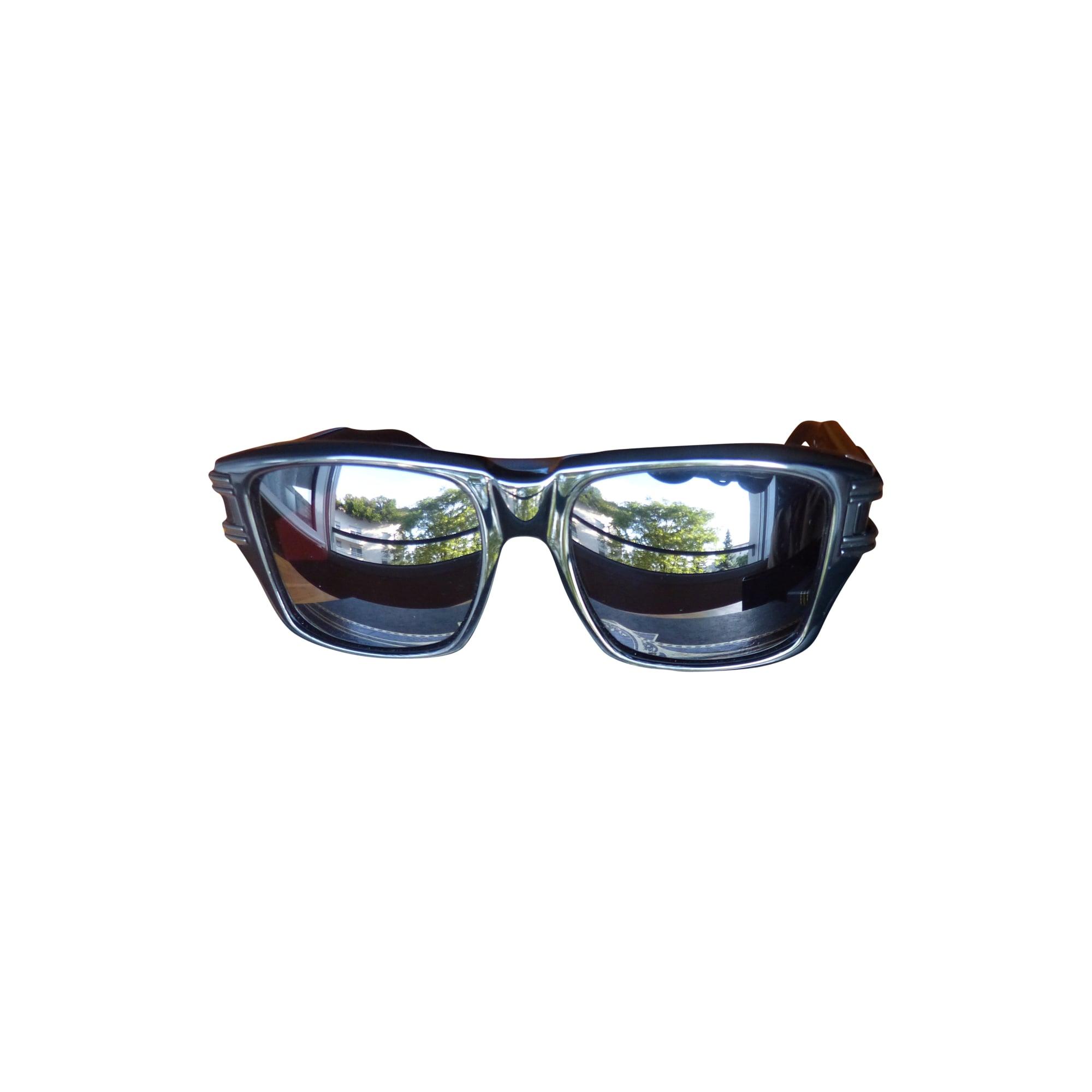 Lunettes de soleil DITA noir vendu par Jonathan 21434142 - 1502932 3ea9bd984716