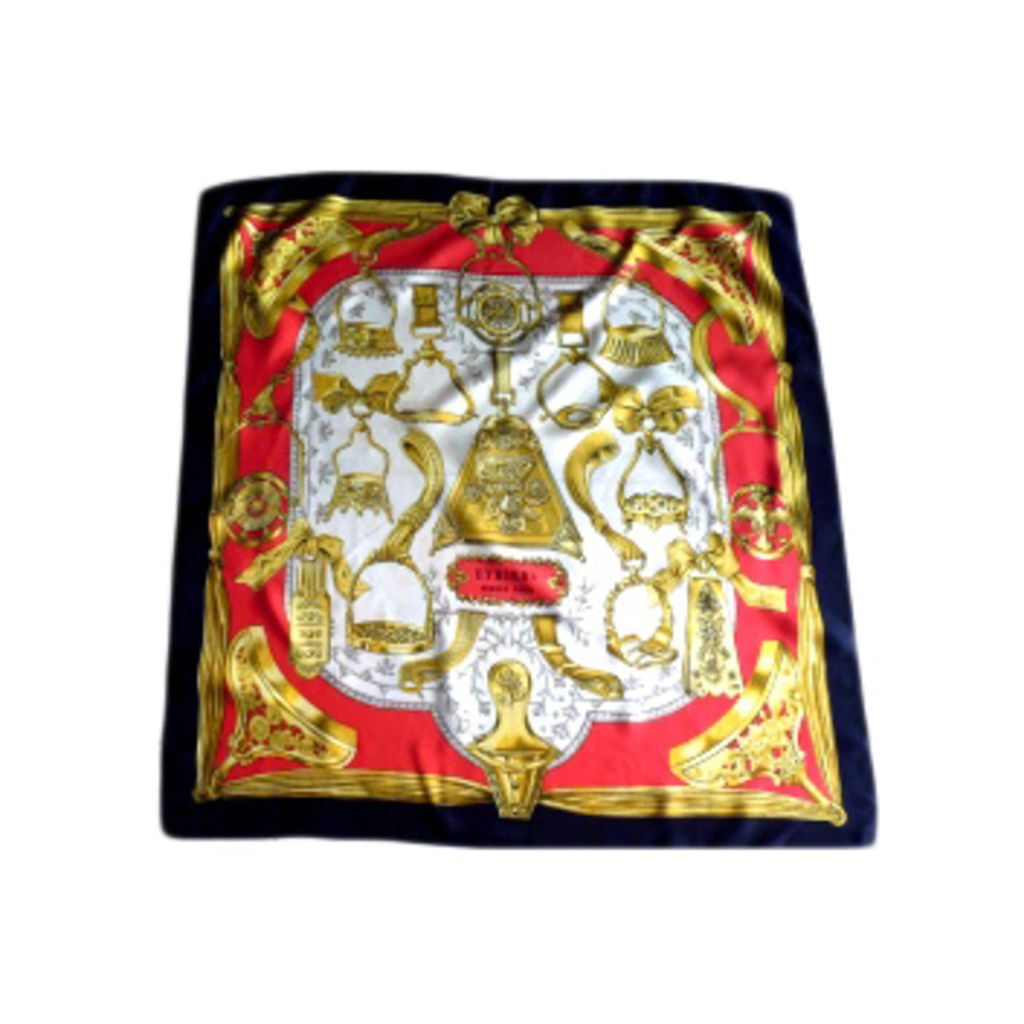Foulard HERMÈS multicouleur vendu par Joëlle 1355134 - 1796054 cc24c13848b