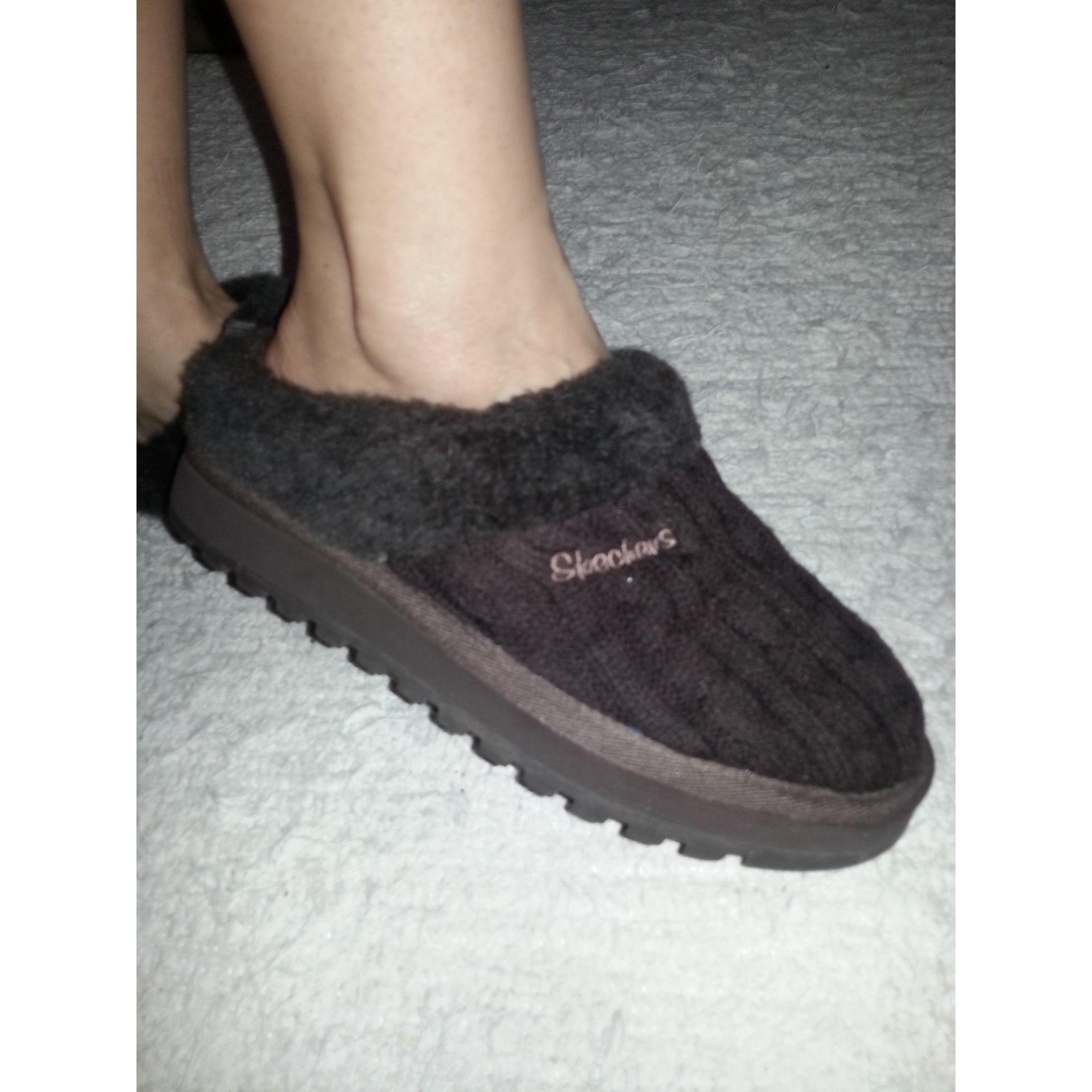 4ebae432b43 Chaussons   pantoufles SKECHERS 37 marron vendu par I m me243832 ...