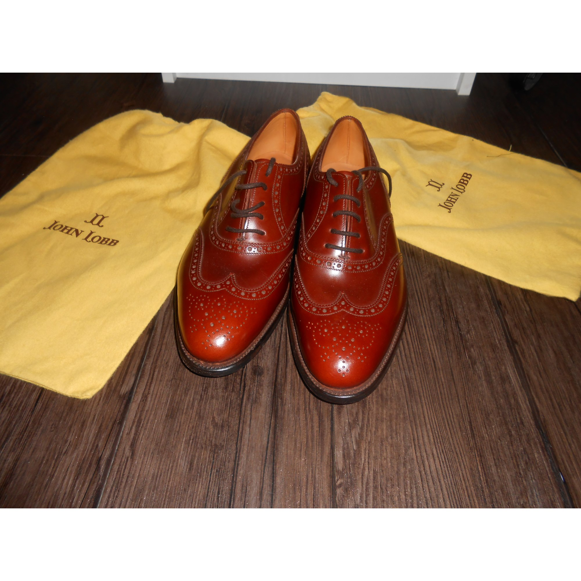 Chaussures à lacets JOHN LOBB 41 marron vendu par Louise k.14287 ... 8c33229df8a