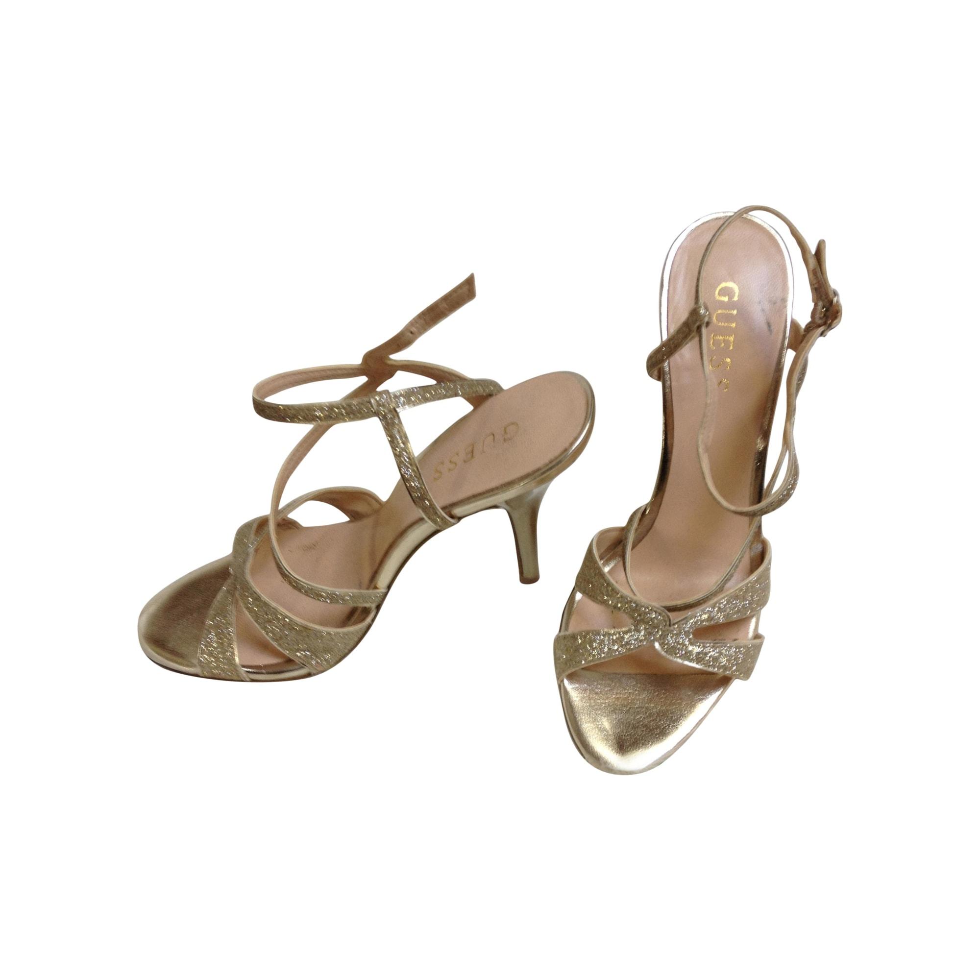 8dc939afcbabc Sandales à talons GUESS Doré, bronze, cuivre