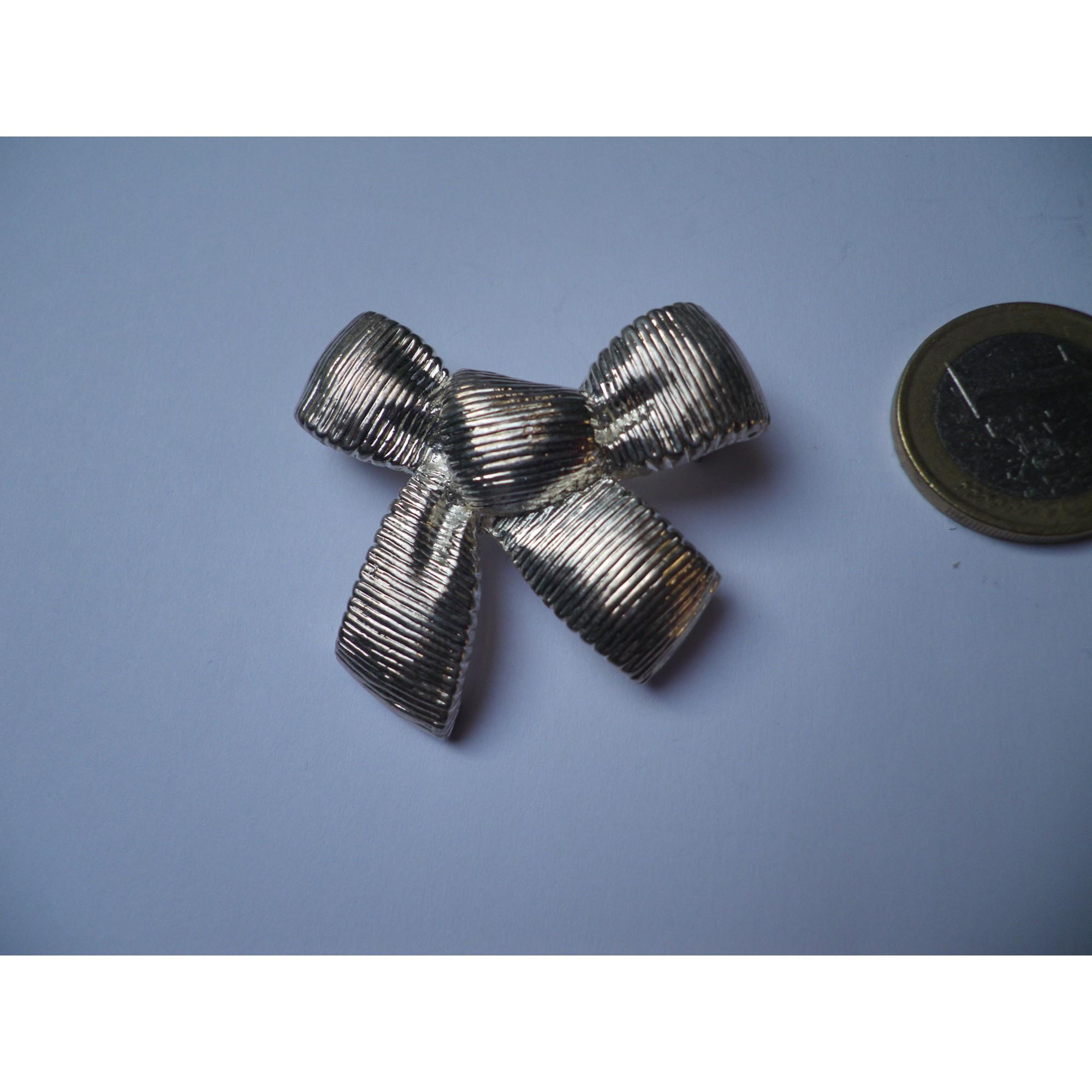 Broche MARC LABAT métal argent