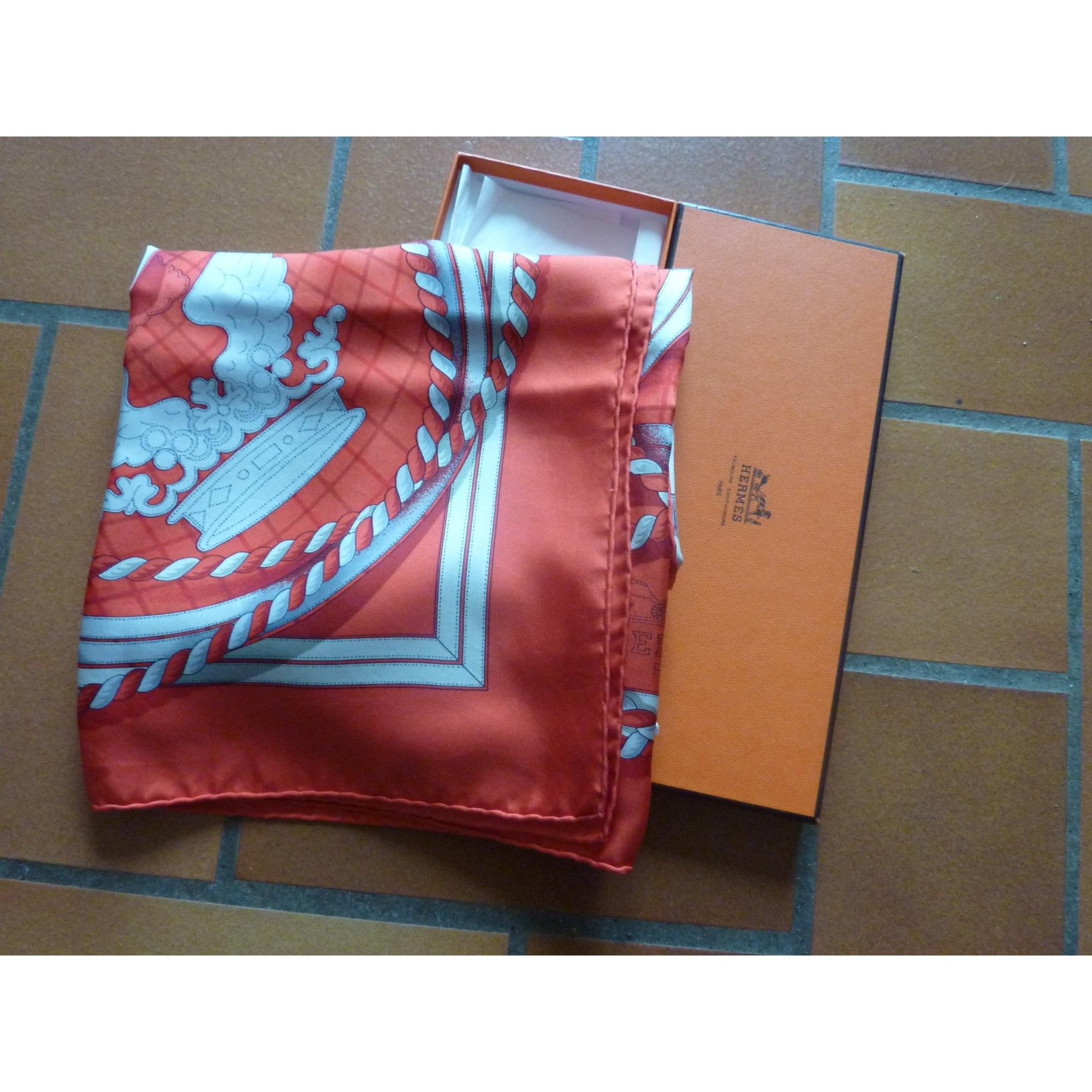 ad8226ff0b5e Foulard HERMÈS orange vendu par A à zen - 2019379