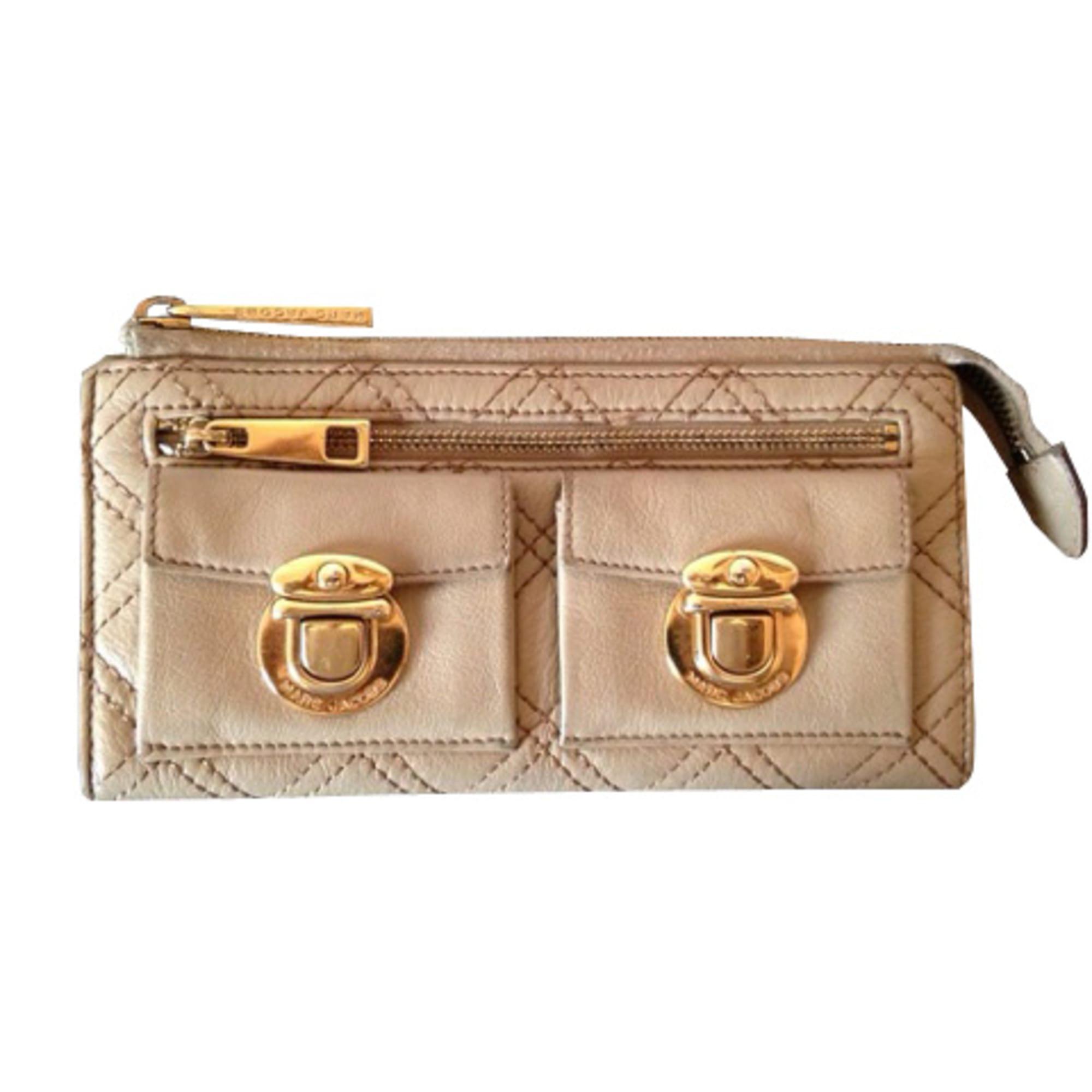 geldbeutel marc jacobs beige vendu par closet2closet 2110282. Black Bedroom Furniture Sets. Home Design Ideas