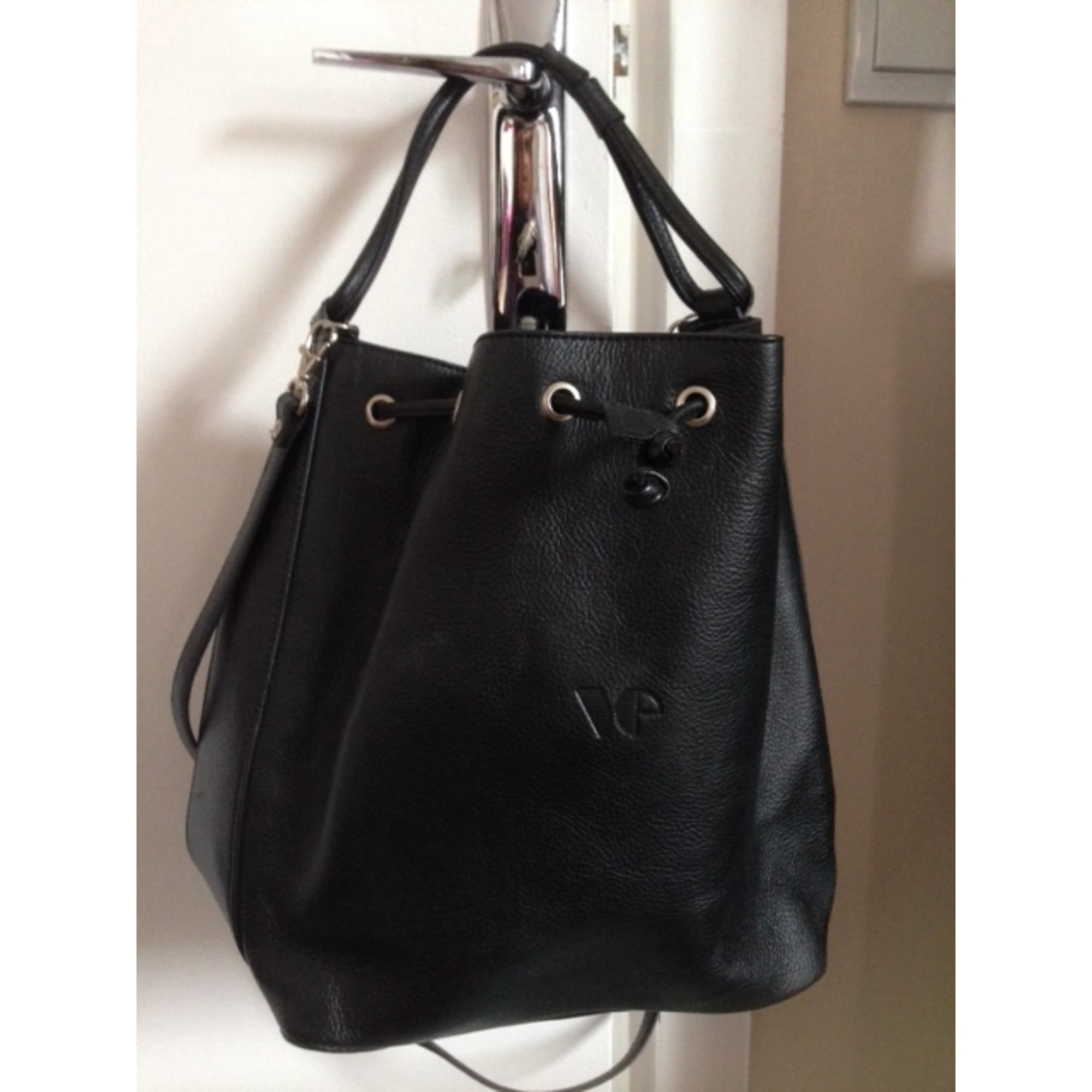 Leather Handbag VIPIEL black - 2310300 df2f3ac2b8f2a