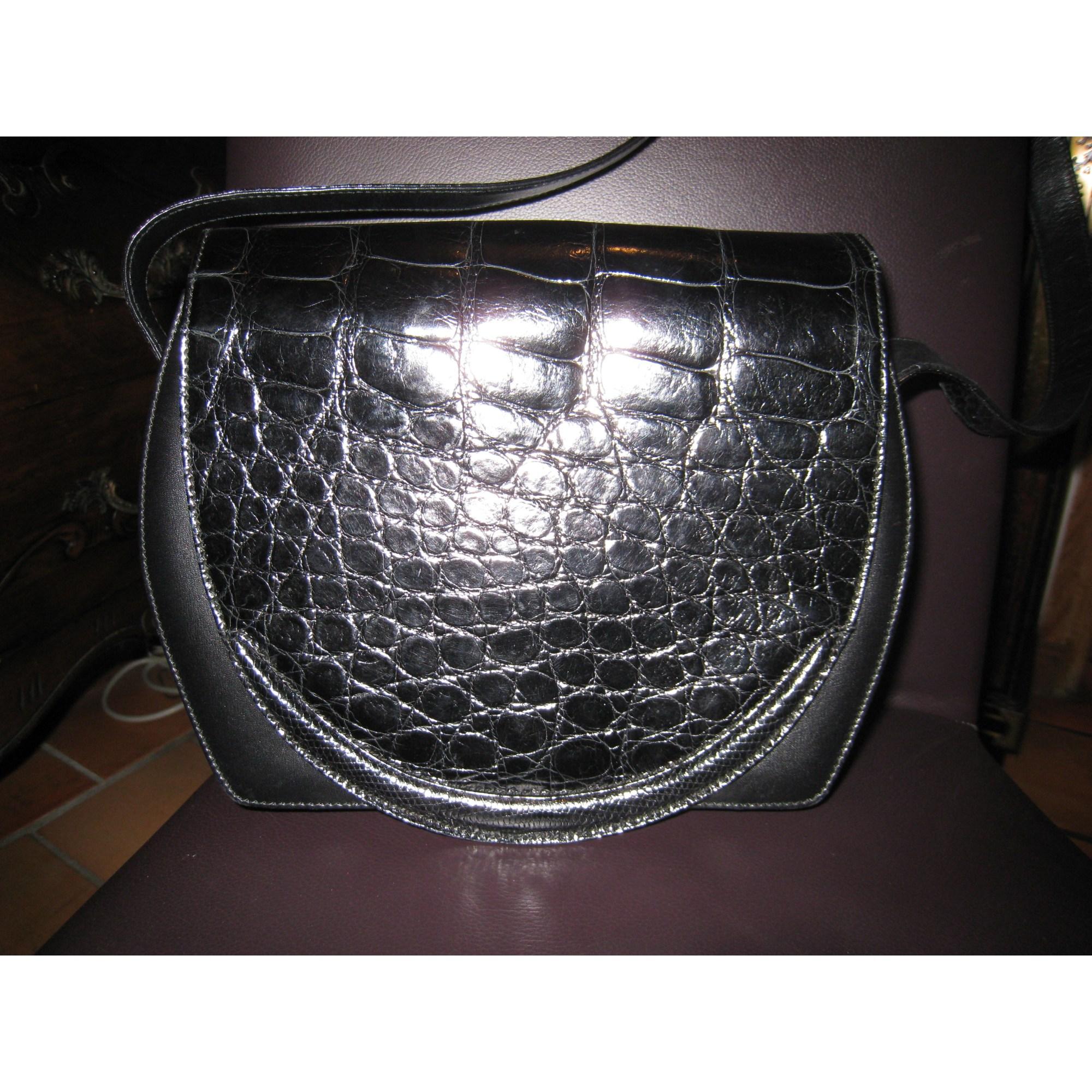 Sac en bandoulière en cuir GUCCI noir vendu par Karine 75 - 2462715 1d8f713d035