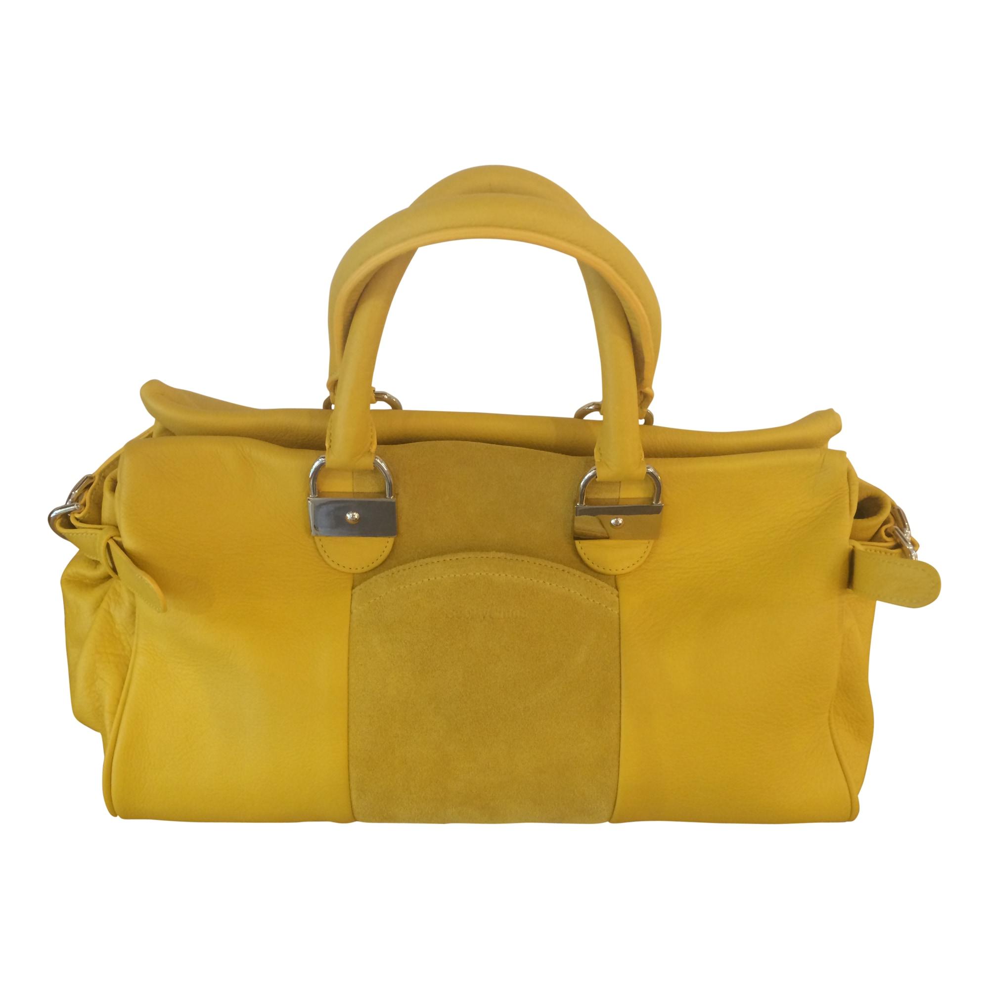 sac main en cuir see by chloe jaune vendu par le vide dressing de la boutique le parc 2672743. Black Bedroom Furniture Sets. Home Design Ideas