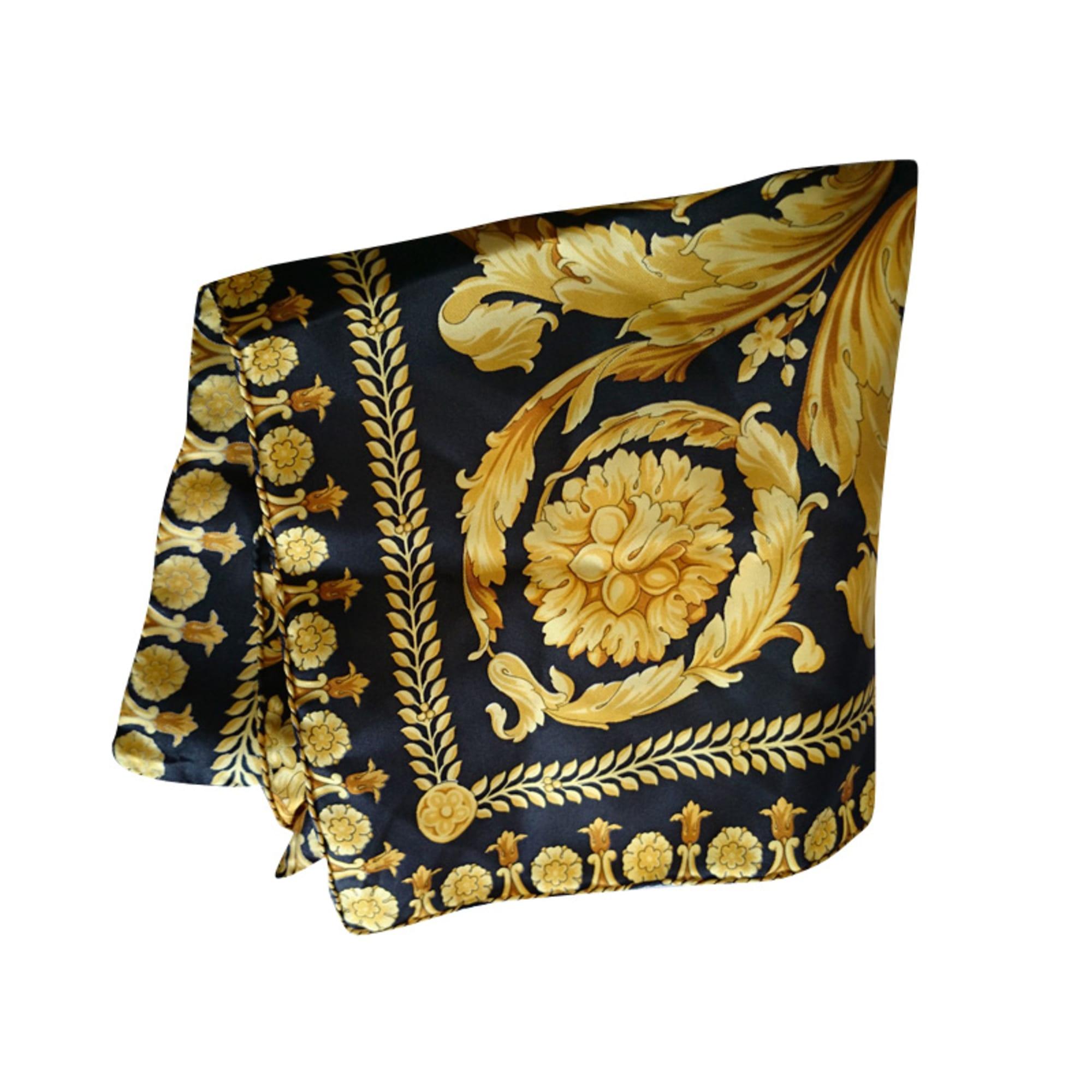 cb214900492f Foulard VERSACE doré vendu par Christian p165156 - 2882166