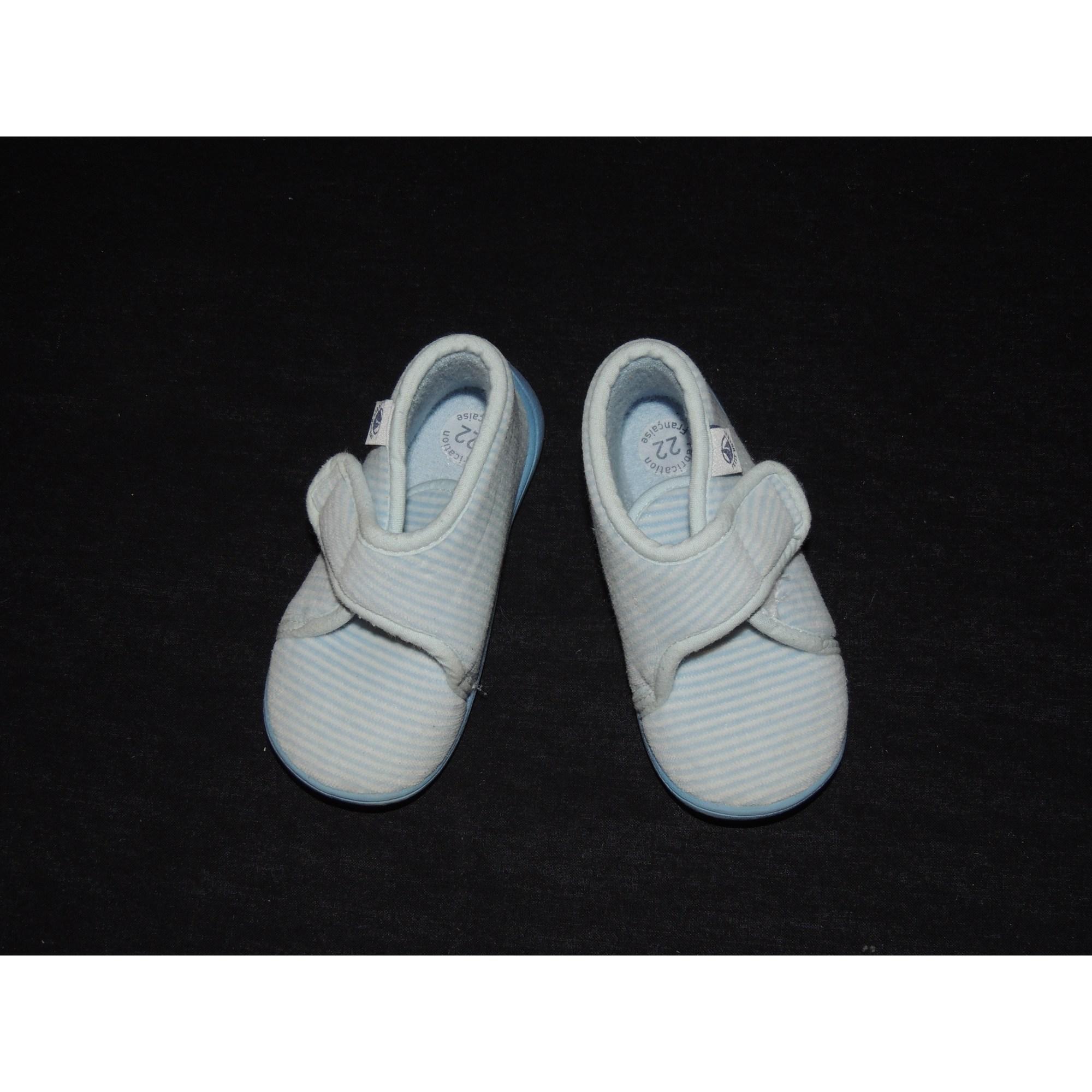 f97829c267f Chaussons   pantoufles PETIT BATEAU 22 bleu - 2913608