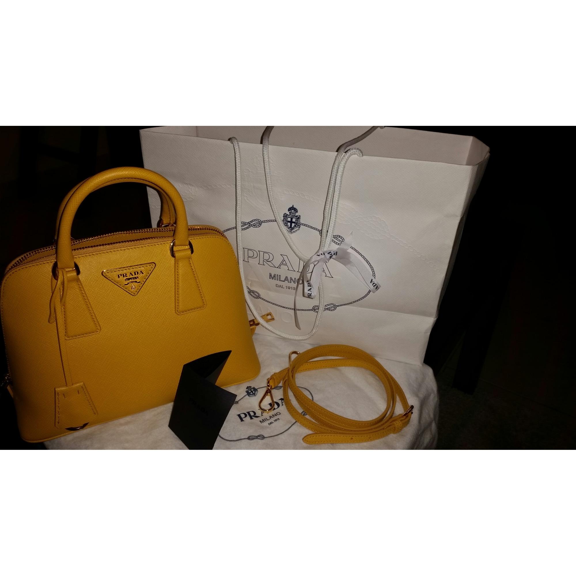 b327c00293 Leather Handbag PRADA yellow vendu par Shopname754885 - 2978773