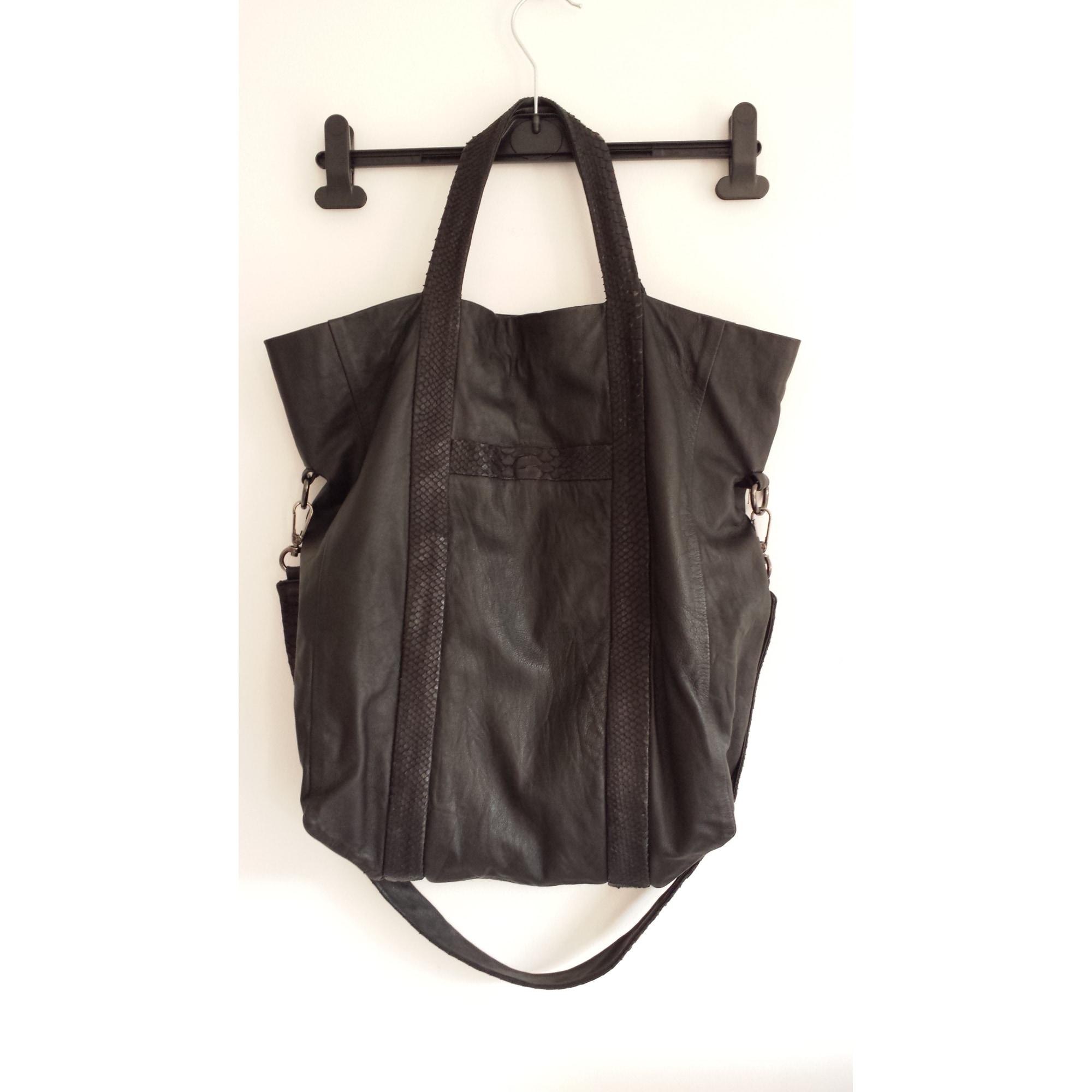 Sac à main en cuir KARMA KOMA noir vendu par Roxane 02208857 - 3054701 2b7b88719ca