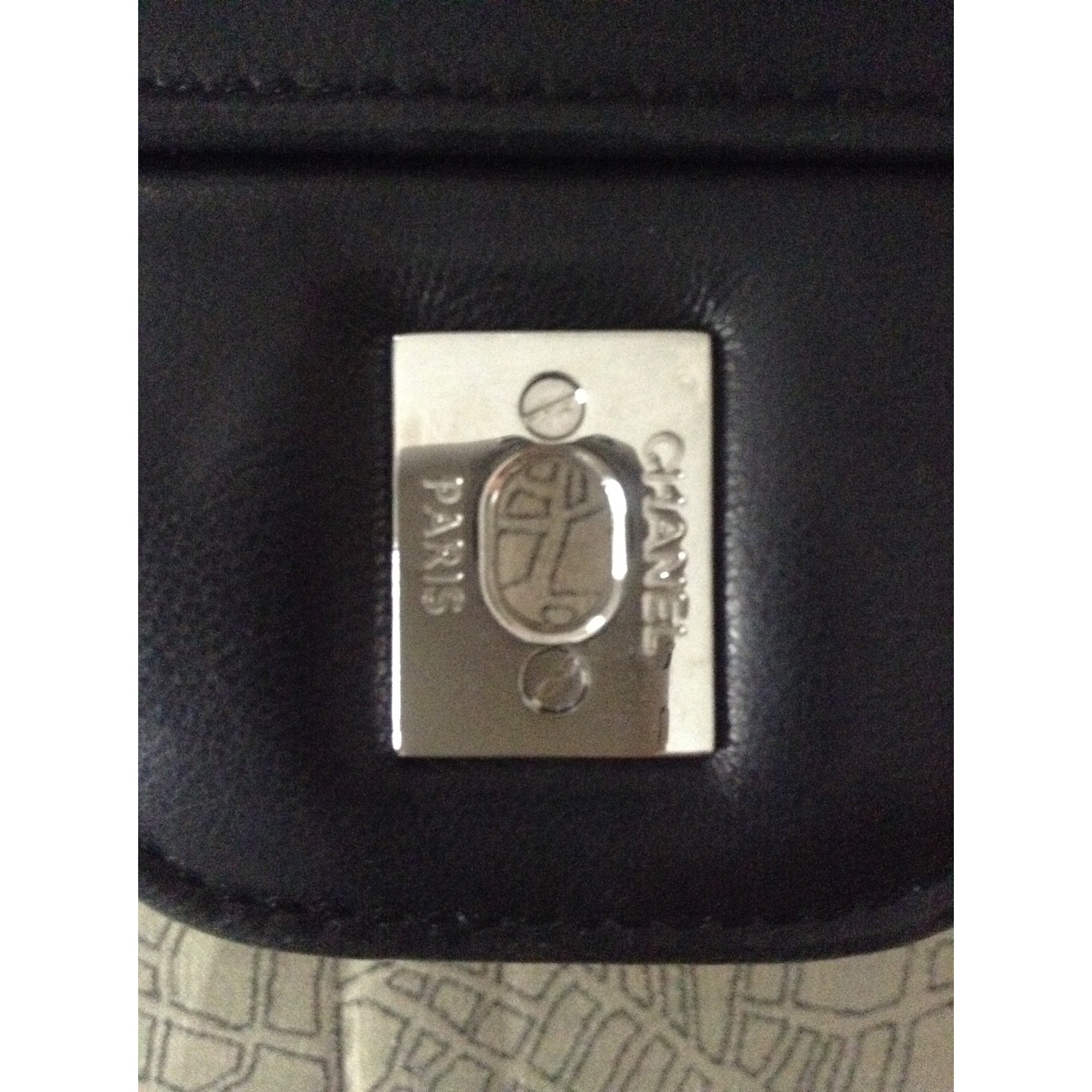 bc4c9960a595 Sac en bandoulière en cuir CHANEL jumbo noir - 3146306