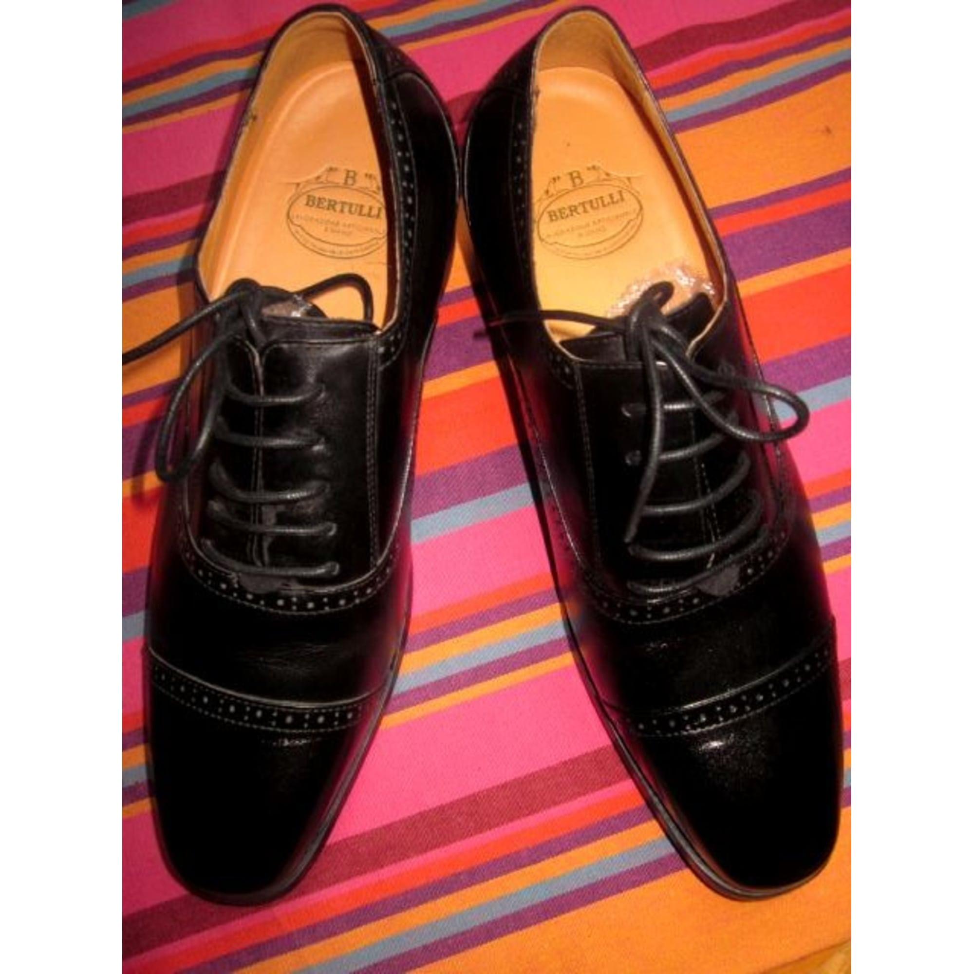 a803f780c60c Chaussures à lacets MARIO BERTULLI 40 noir vendu par Sophie ...
