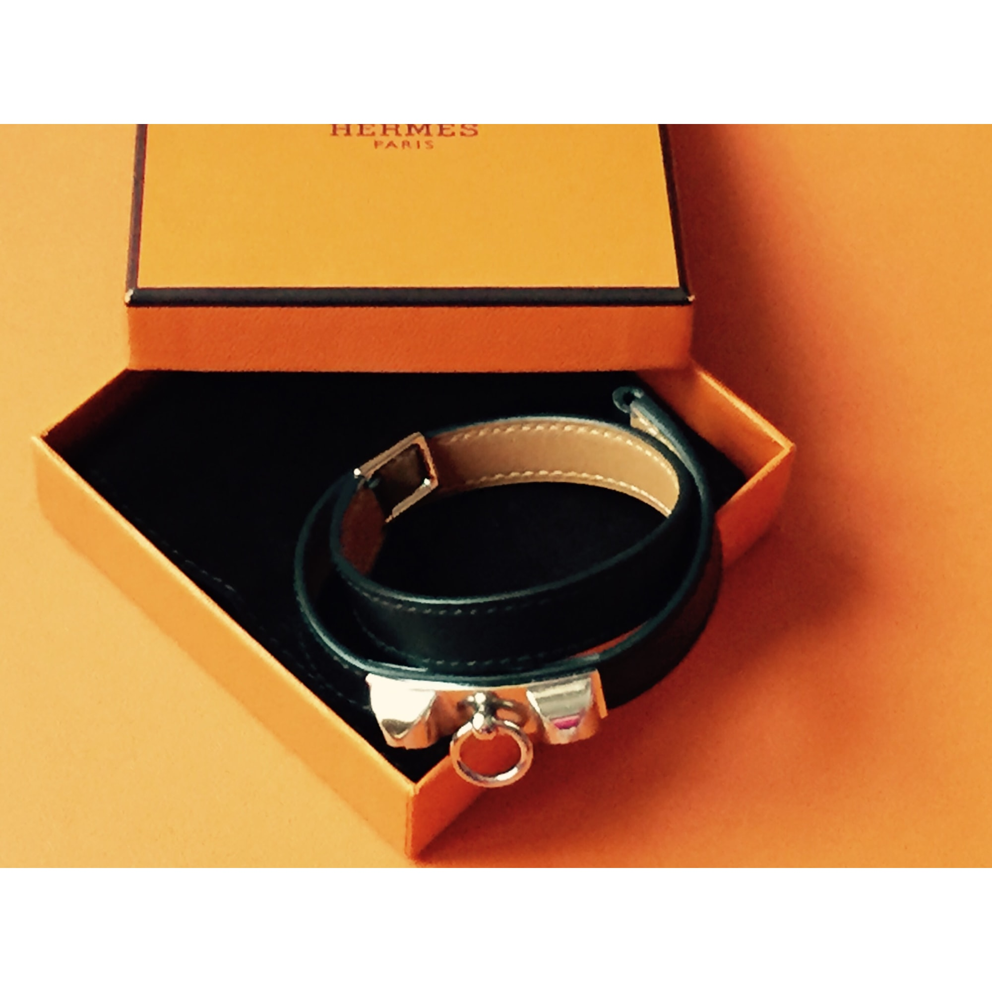 Bracelet HERMÈS noir vendu par Dustin443445 - 3243986 f7ed2a43dbd