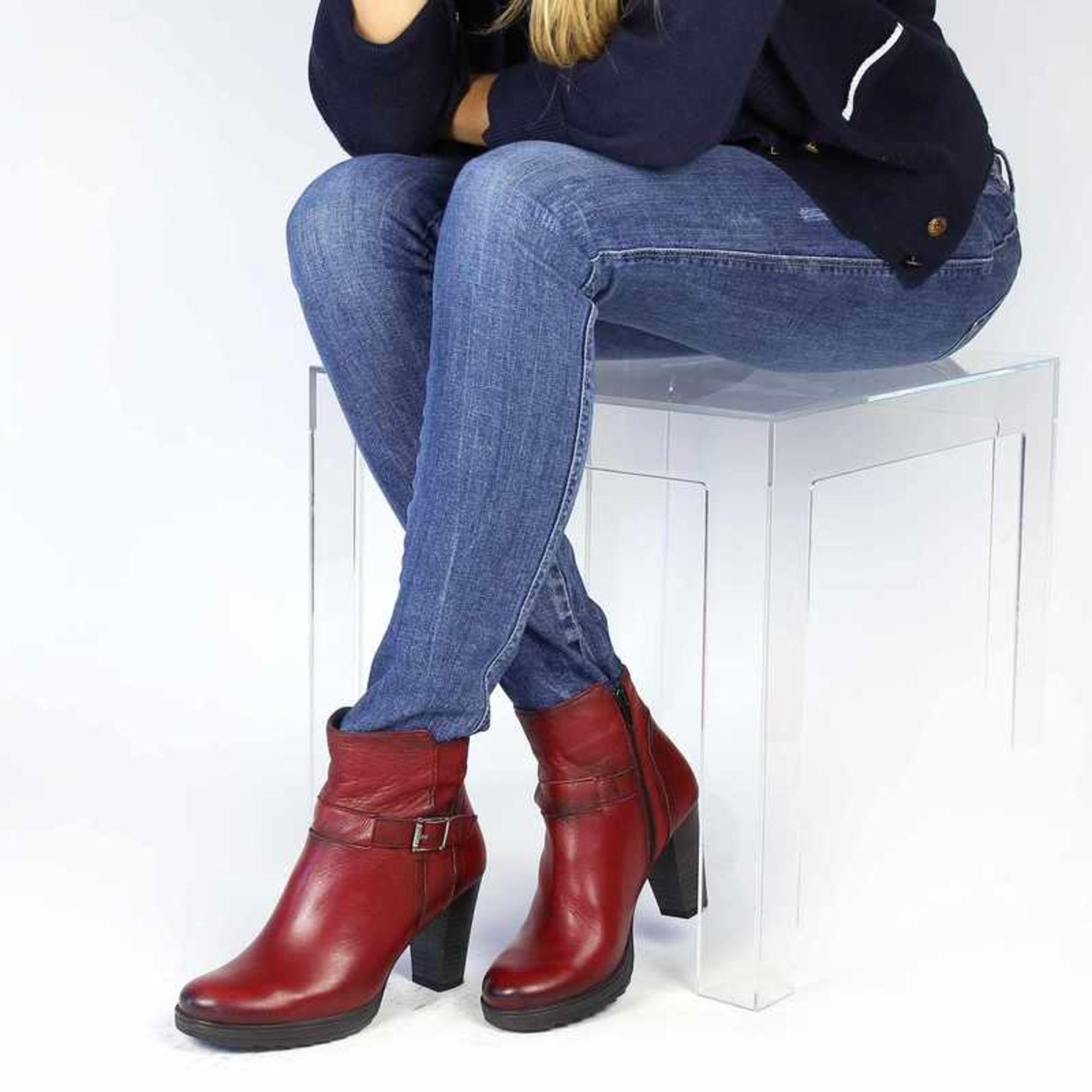 6e9f2601c1bd Bottines   low boots à talons DORKING 39 rouge vendu par Christine ...
