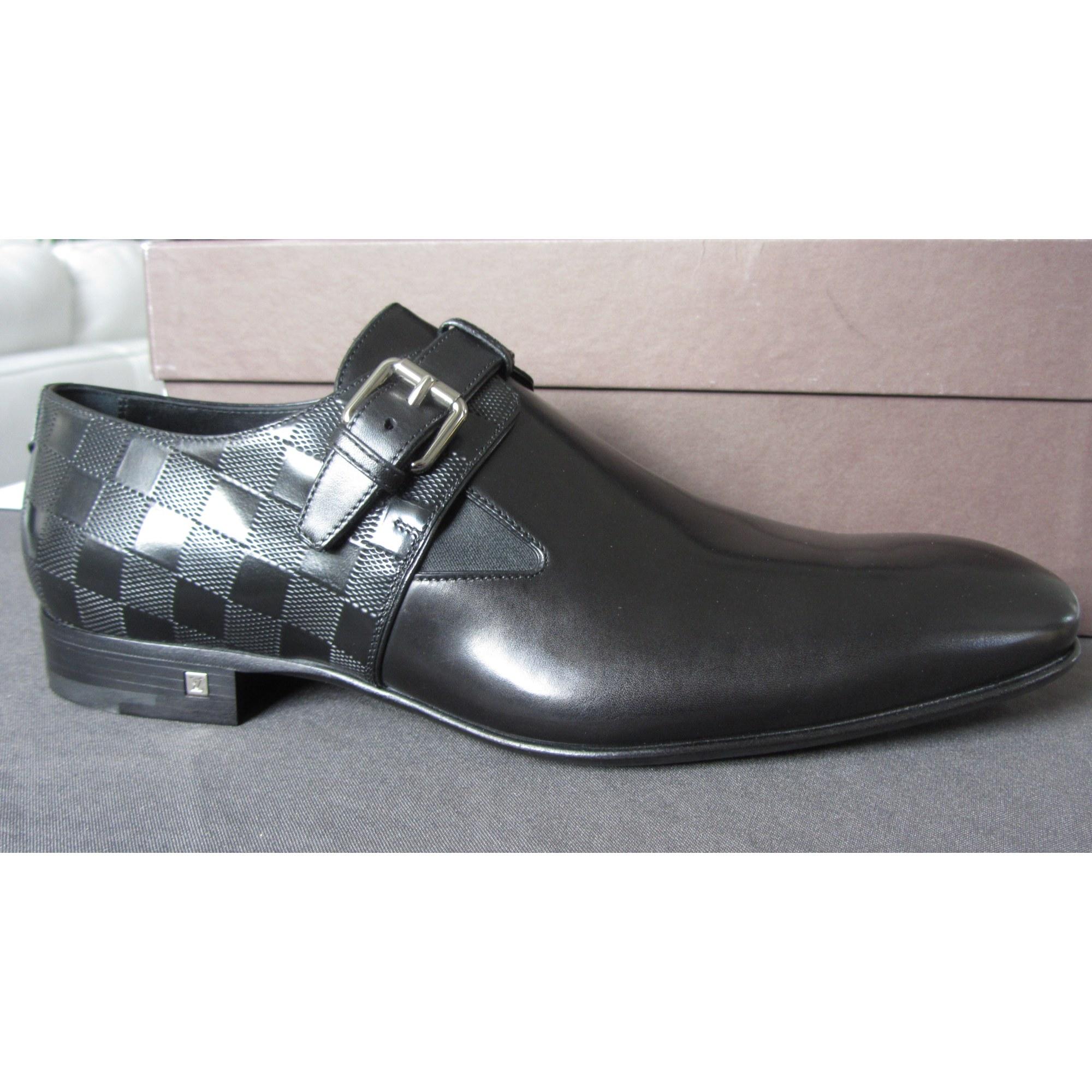 821f5cc64b4 Chaussures à boucles LOUIS VUITTON 43 noir vendu par Lilou35 - 3289089