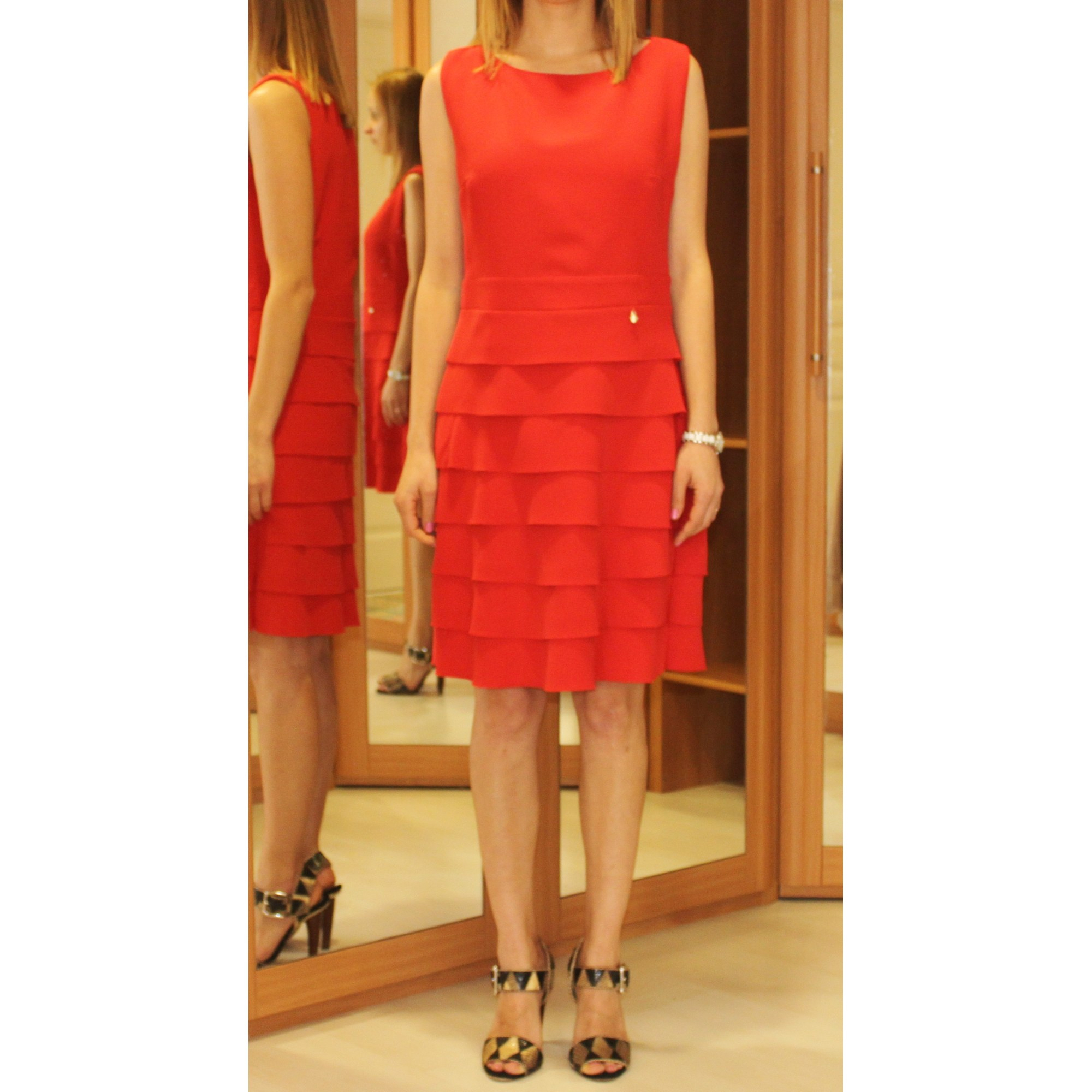 bb2a9a0c87e1 Robe courte RINASCIMENTO 38 (M, T2) rouge vendu par Mariana144438 ...