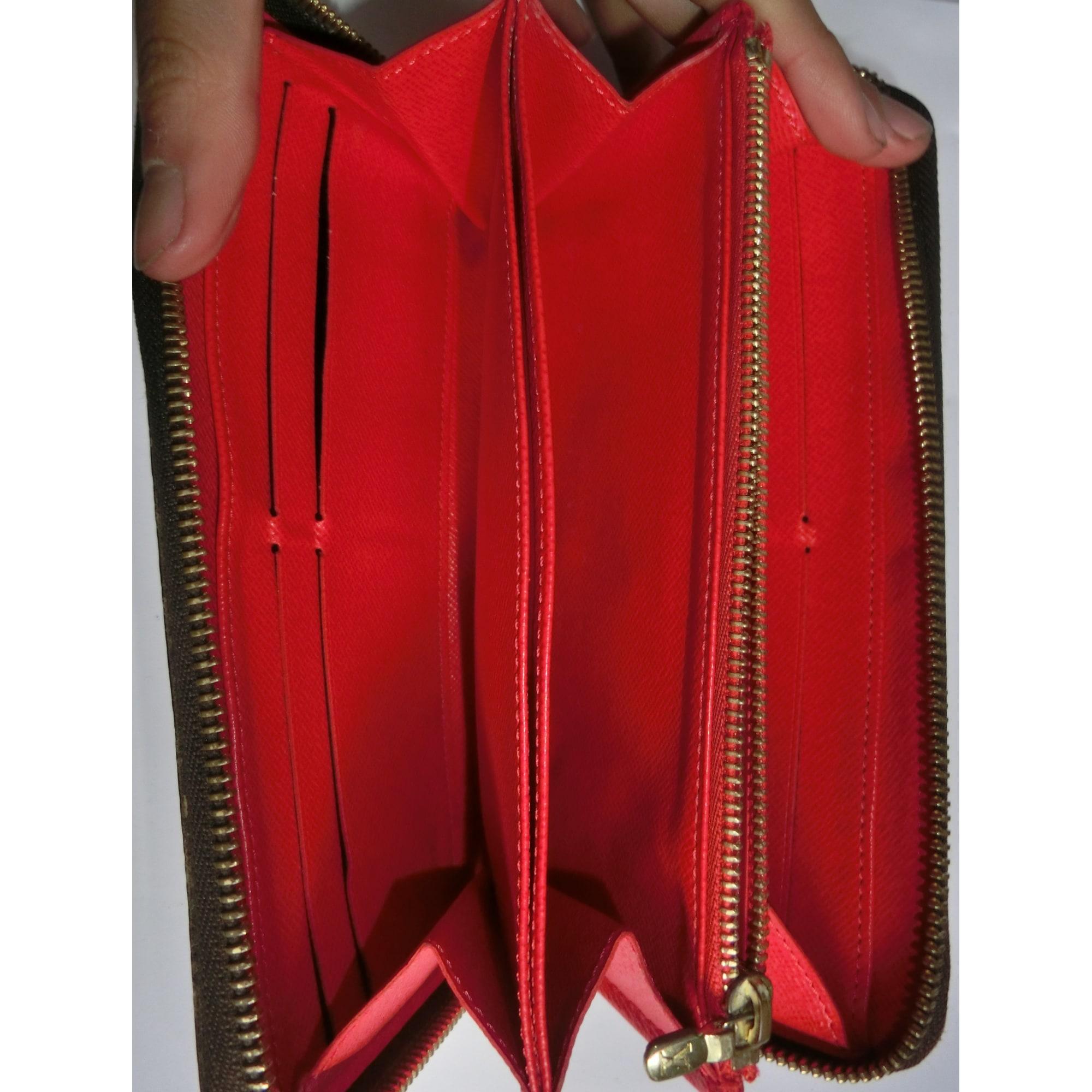010a12b15e34d Portefeuille Louis Vuitton Supreme Rouge