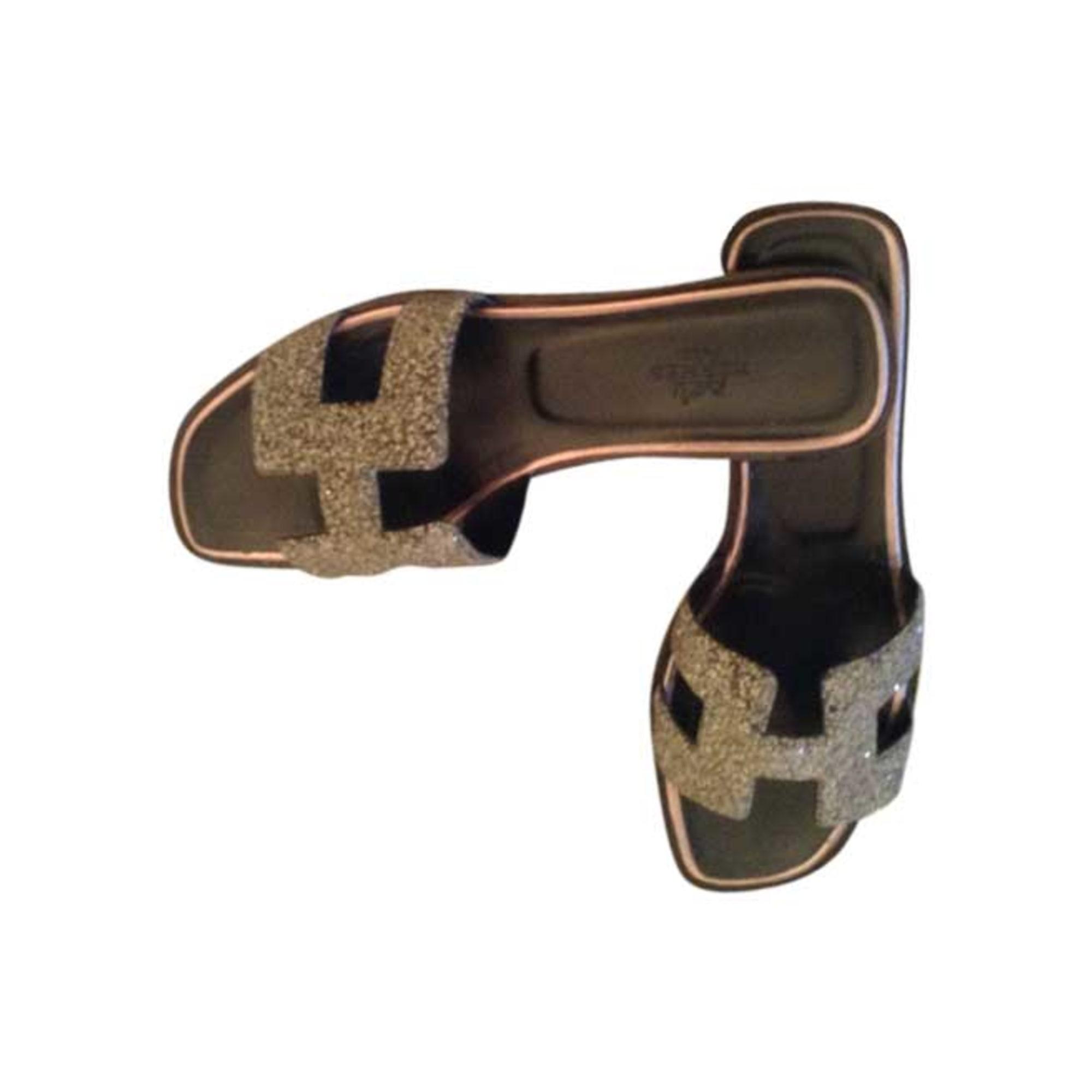 34644874d804 Sandales plates HERMÈS 36 argenté vendu par Nath 538433 ...