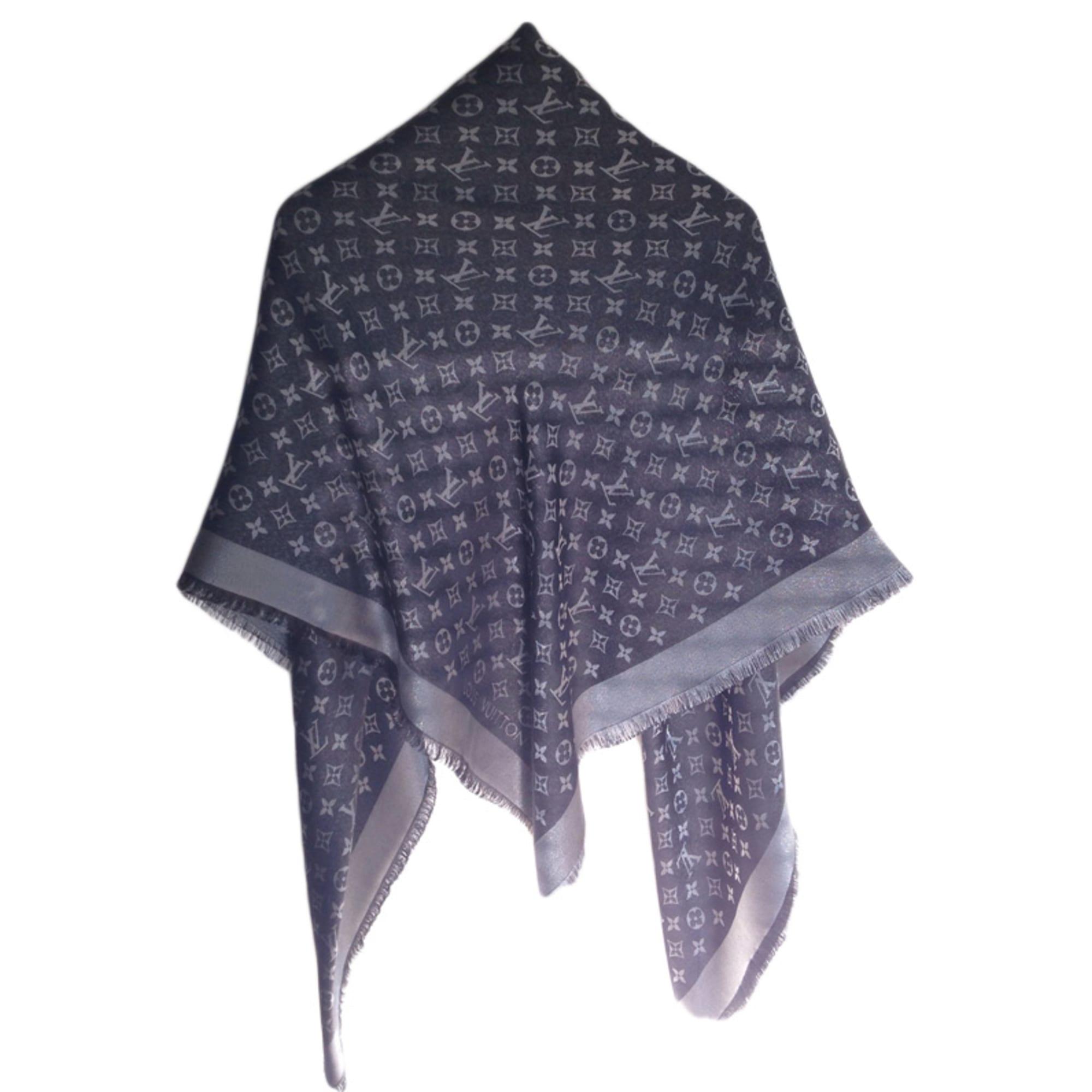 Châle LOUIS VUITTON noir vendu par Elo2602 - 3584822 5da1a176f2c