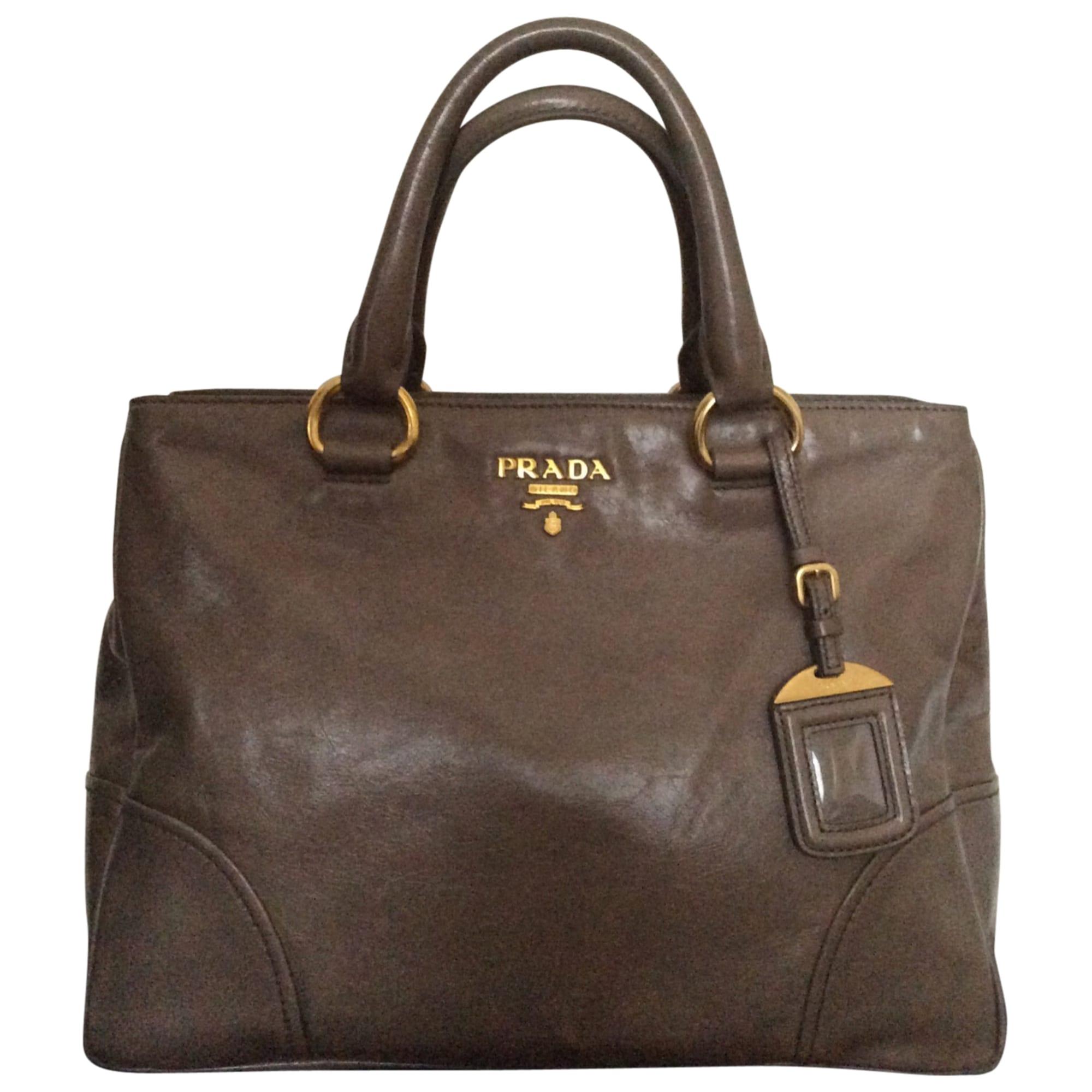 b21d3734d7 Sac à main en cuir PRADA taupe-marron glace´ vendu par Yvette 232 ...