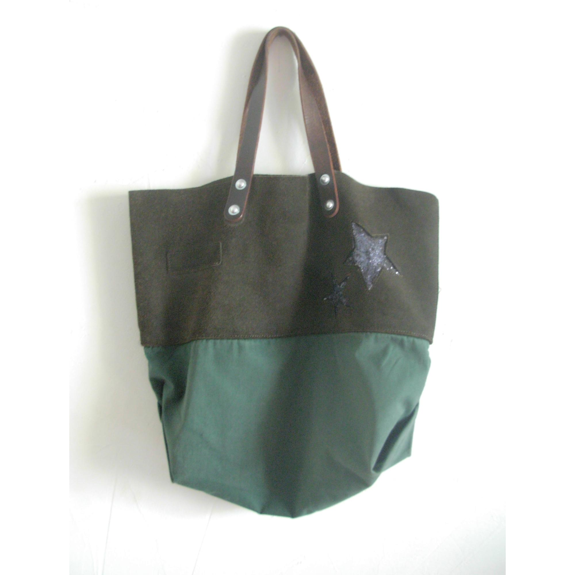 4dc60985d1 Sac à main en cuir ESTELLON vert vendu par Liliaime - 3951043