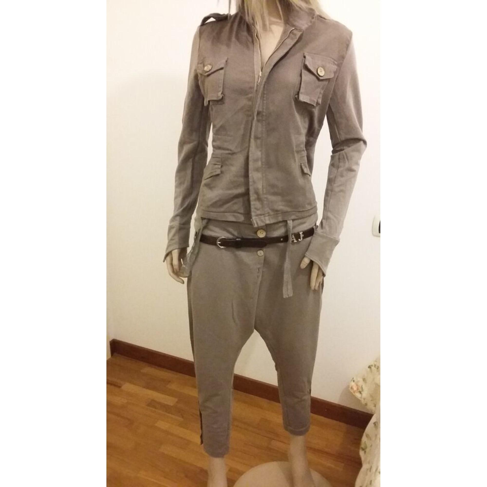 40c5e7abe7 Tailleur pantaloni RISSKIO 40 (L, T3) beige - 4148050