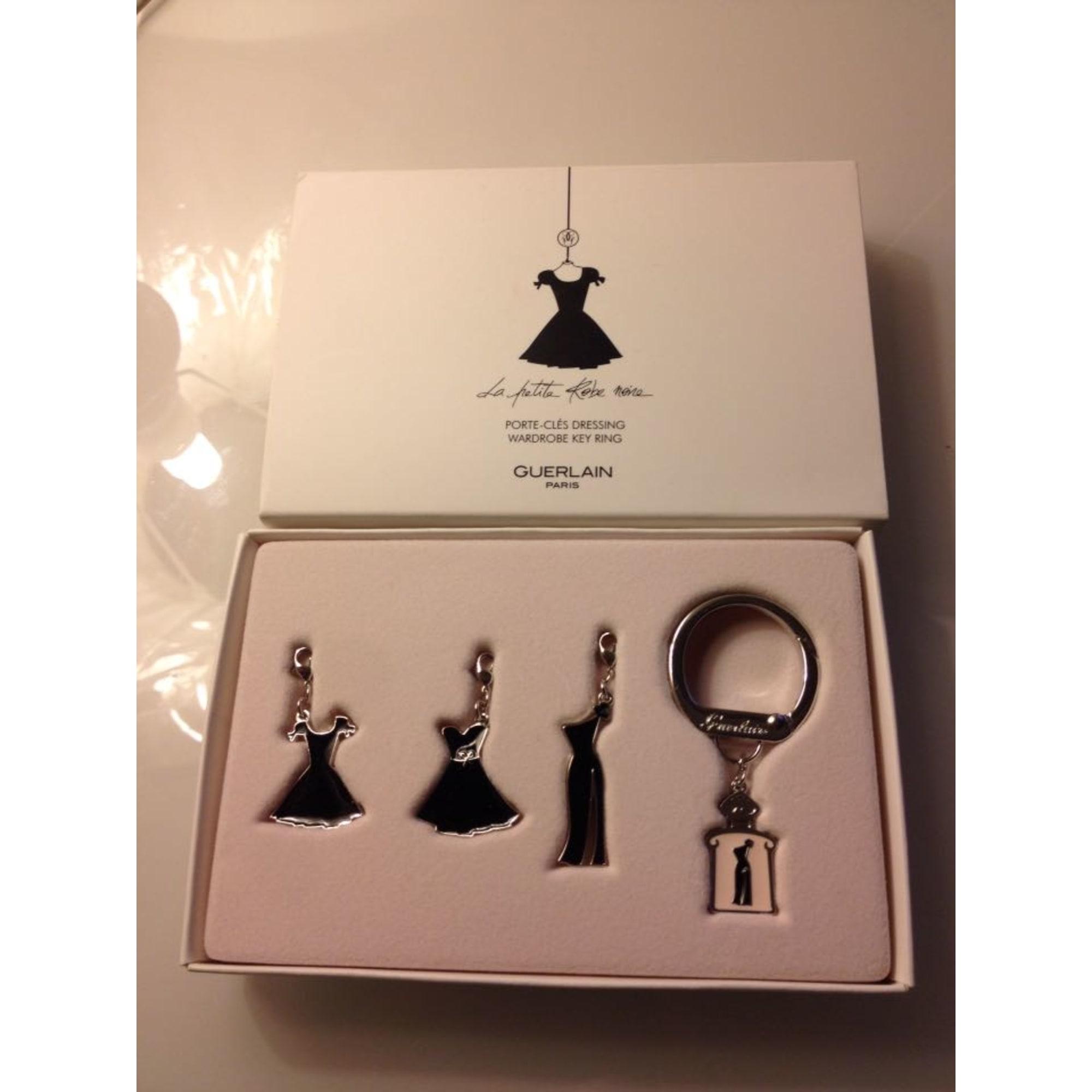 Porte-clés GUERLAIN noir vendu par ♛lovely♛ - 4370110 dc86029728d