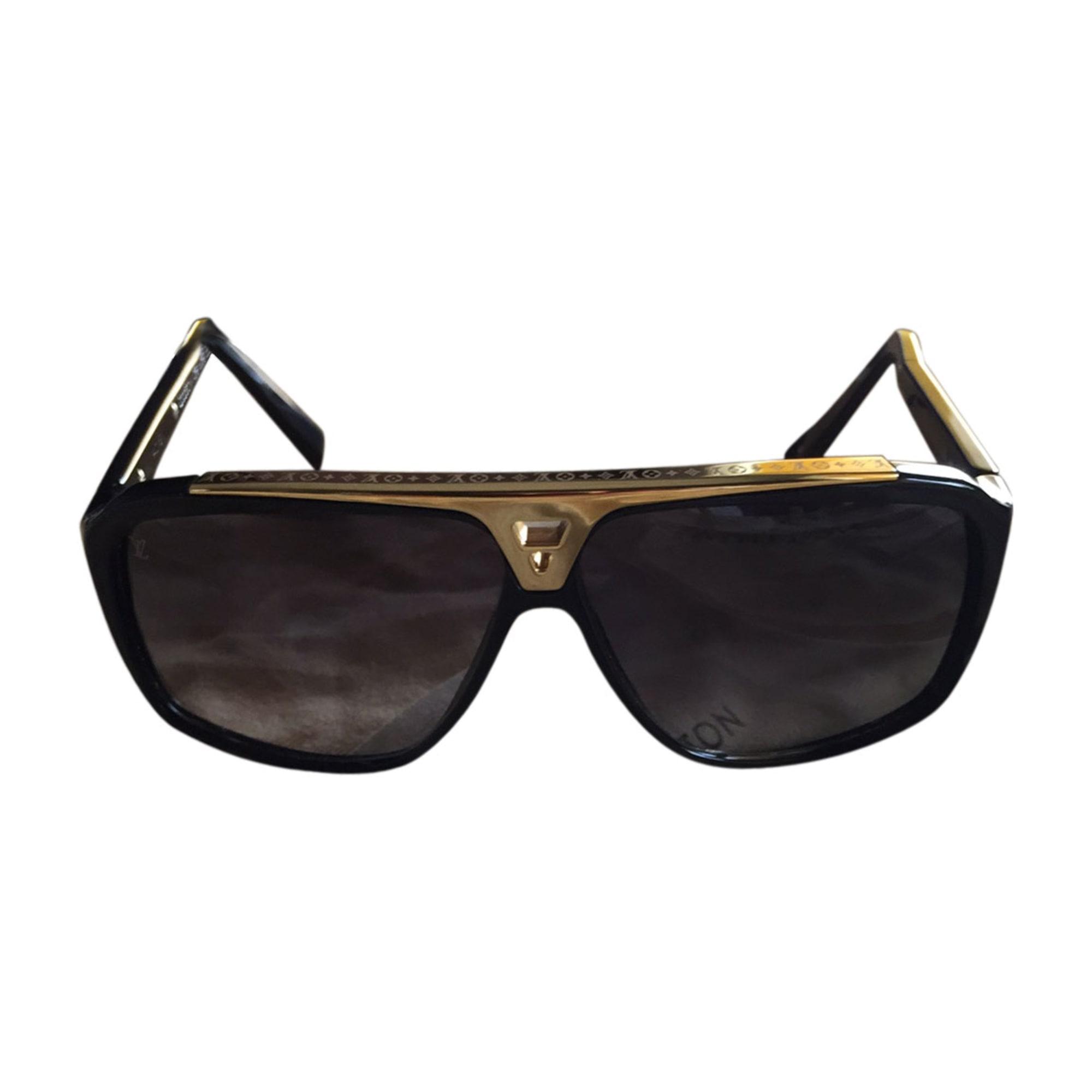 Lunettes de soleil LOUIS VUITTON noir vendu par Bellet 34 - 4452221 b9e9082f07c