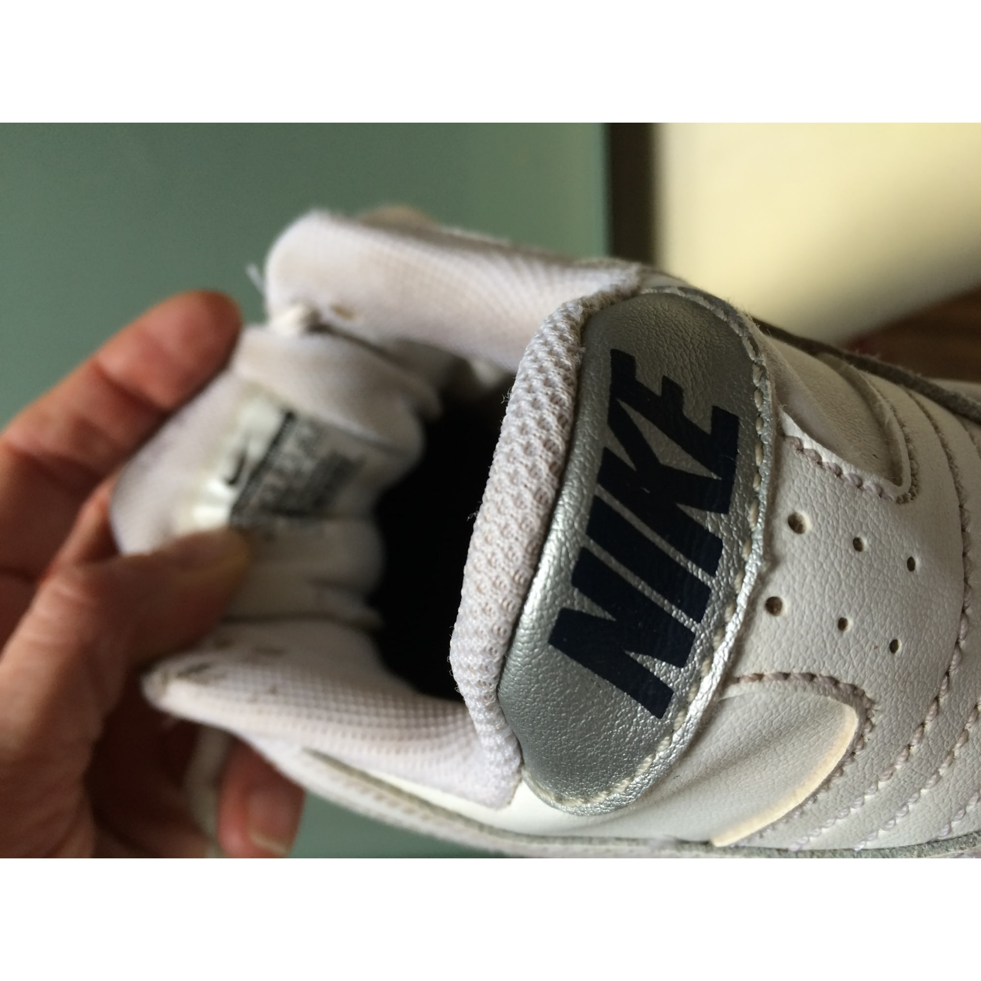 nike chaussure fille 37