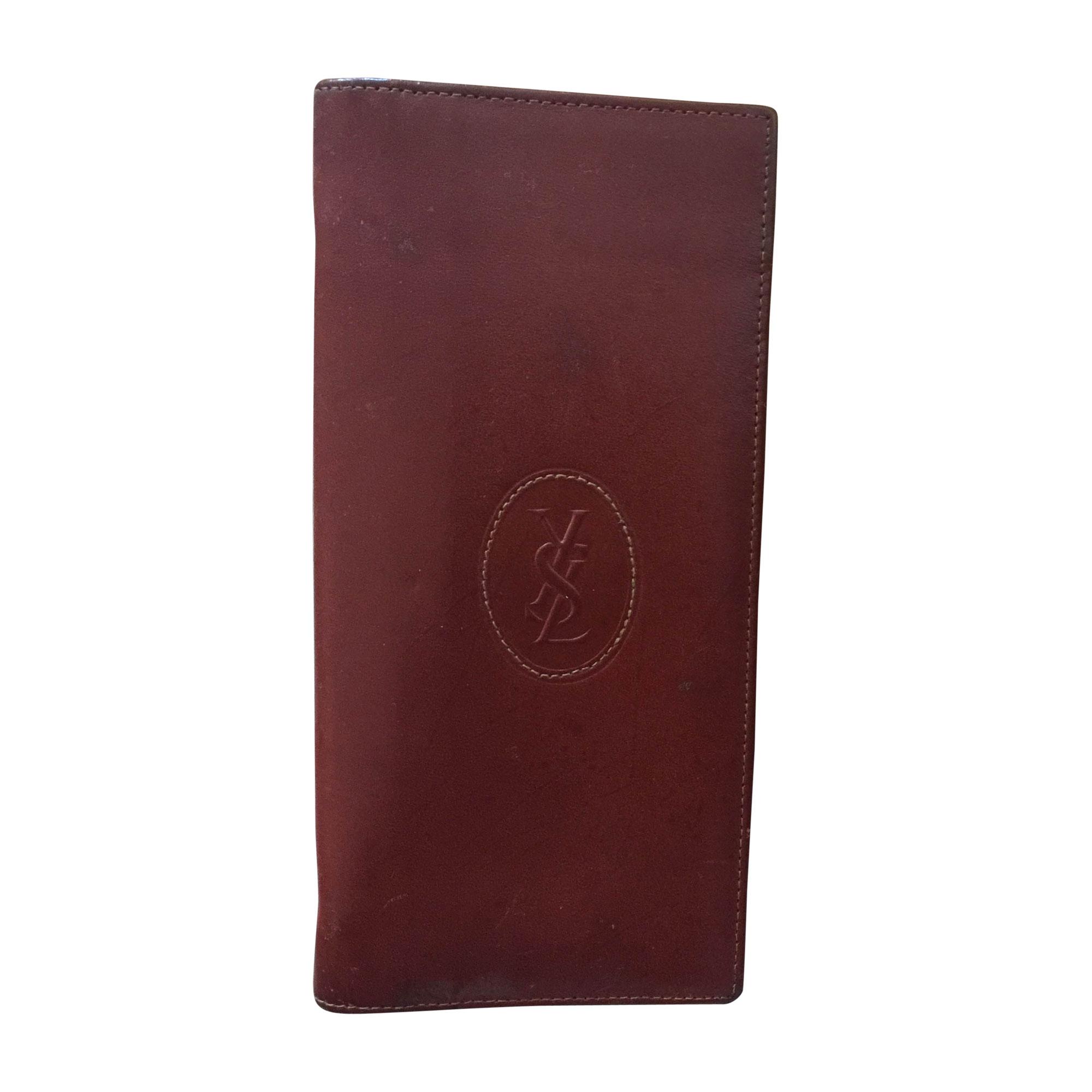 porte cartes yves saint laurent marron vendu par magui18 4708984. Black Bedroom Furniture Sets. Home Design Ideas
