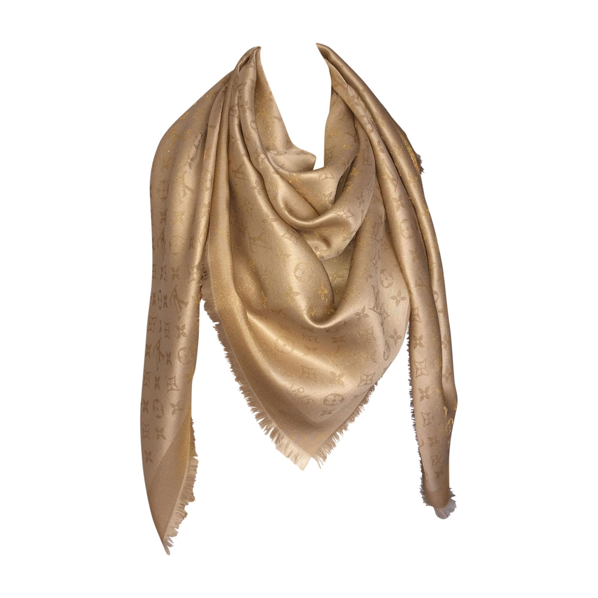 Châle LOUIS VUITTON Doré, bronze, cuivre 2df89acb131