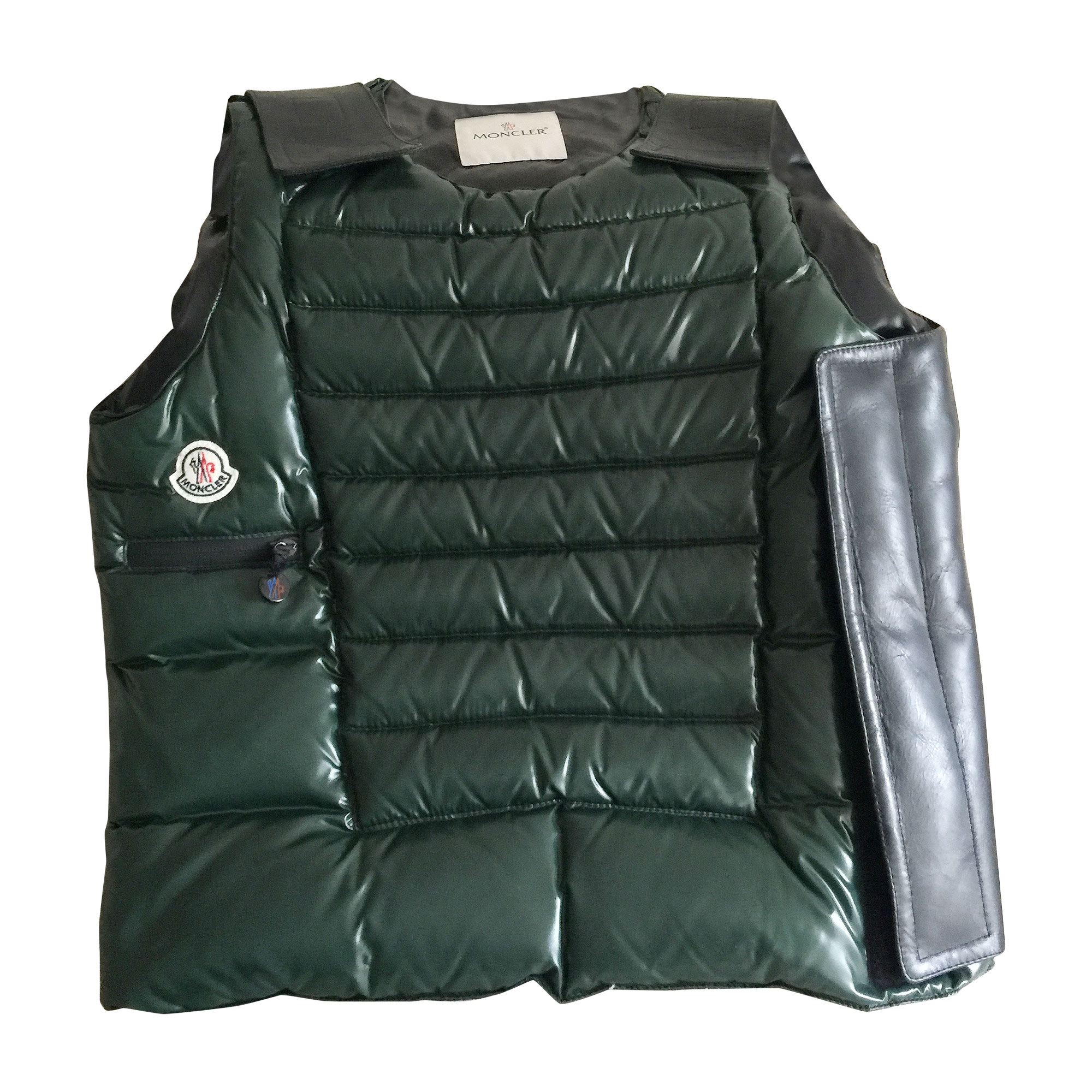Doudoune MONCLER 46 (S) vert bouteille vendu par Gilbert 110 - 4882913 46aee4cbd72