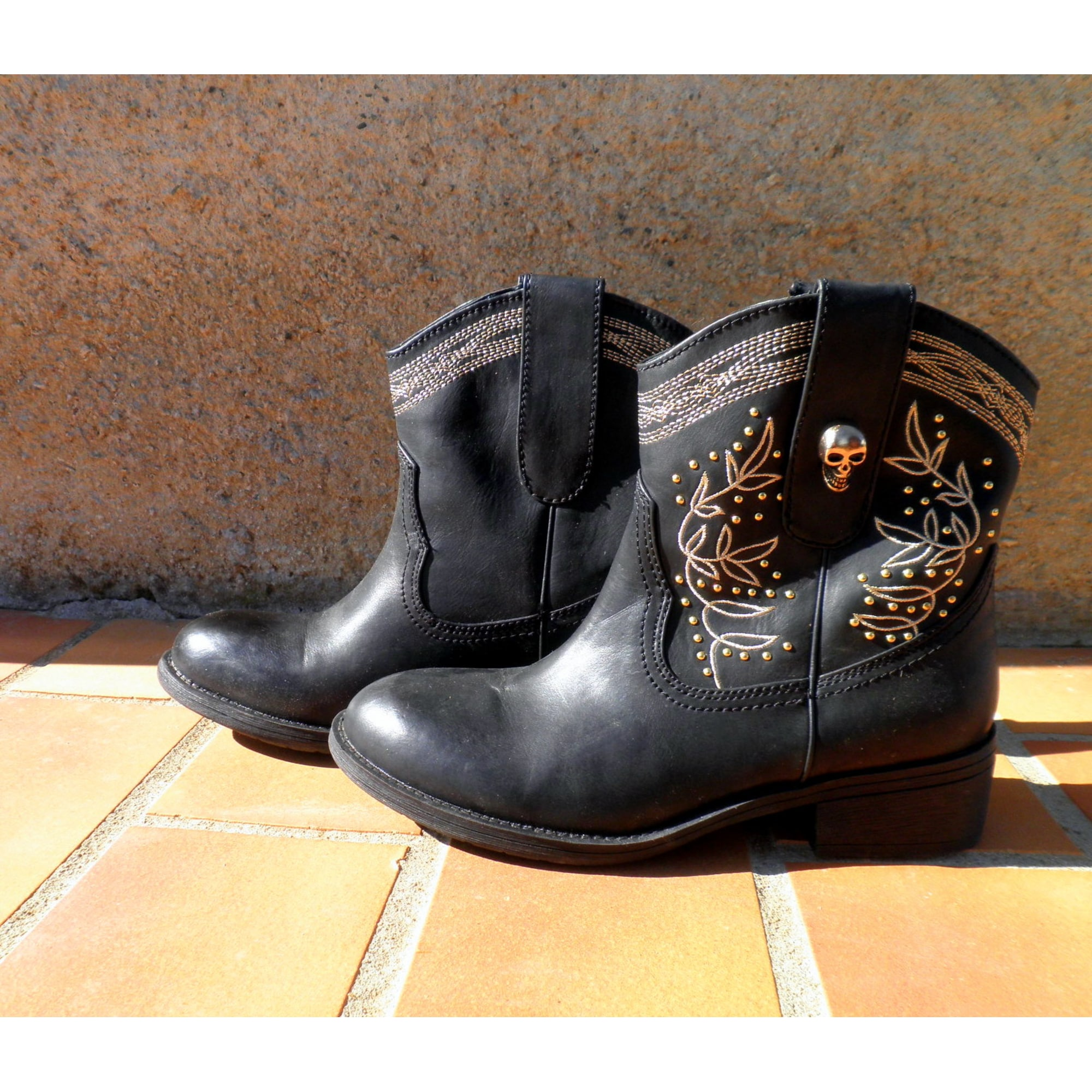 f68ce7d0c6 Santiags, bottines, low boots cowboy CLOSER BY CHAUSSEA 38 noir ...