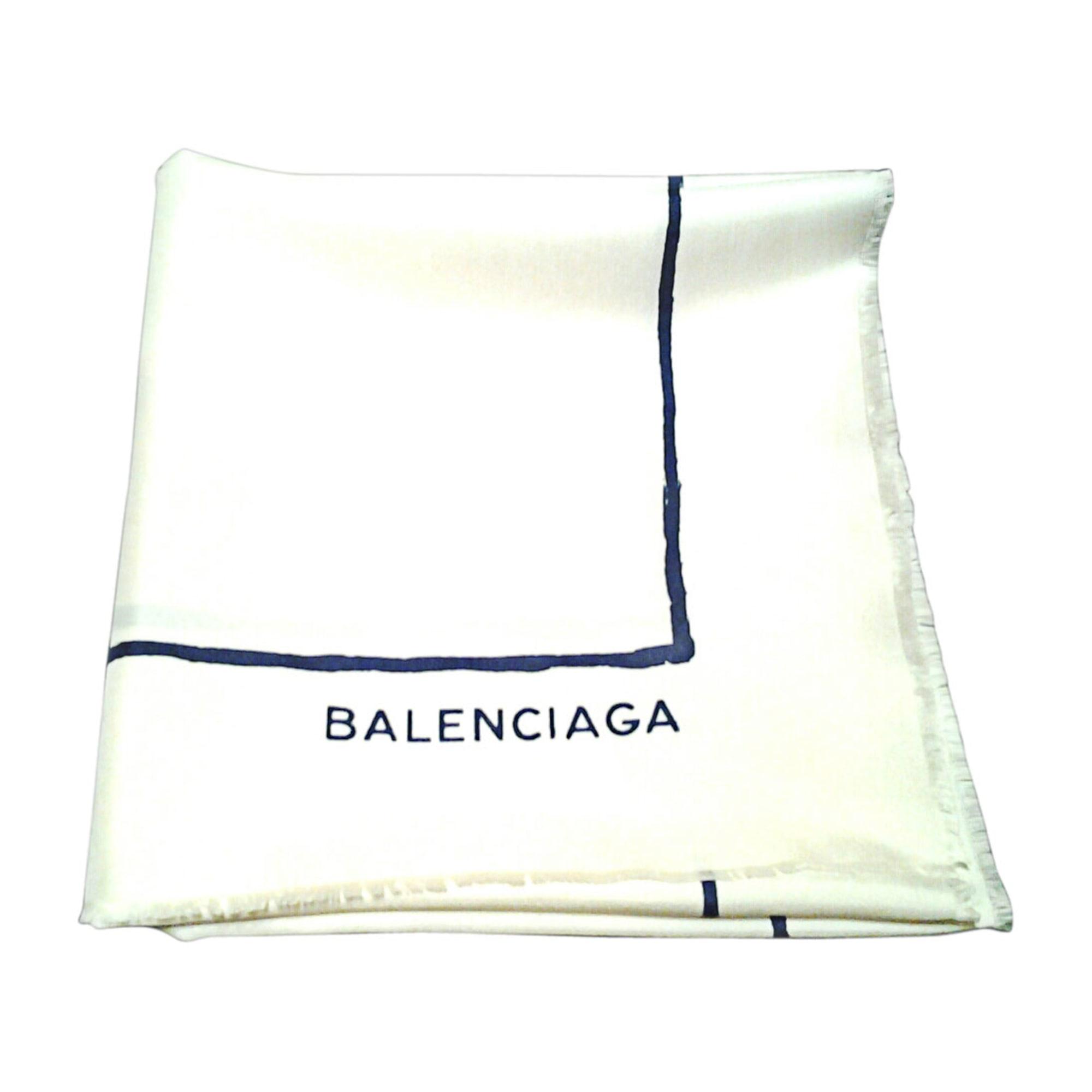tuch schal balenciaga wei vendu par ineliah 5013554. Black Bedroom Furniture Sets. Home Design Ideas