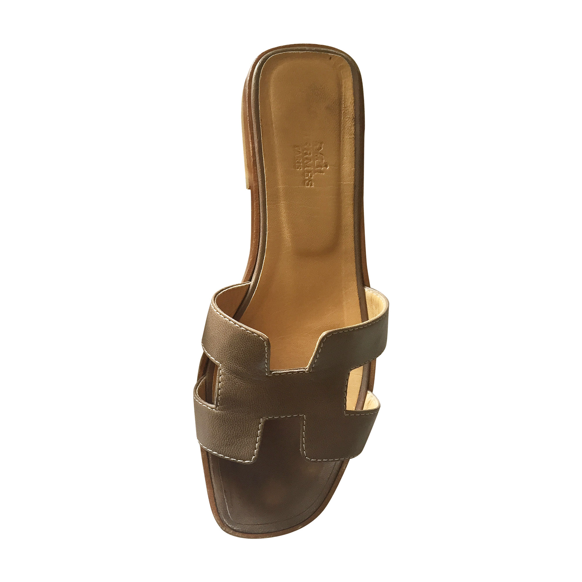 Sandales plates HERMÈS 37,5 beige vendu par Minana225082 - 5039716 7147dbb9c98