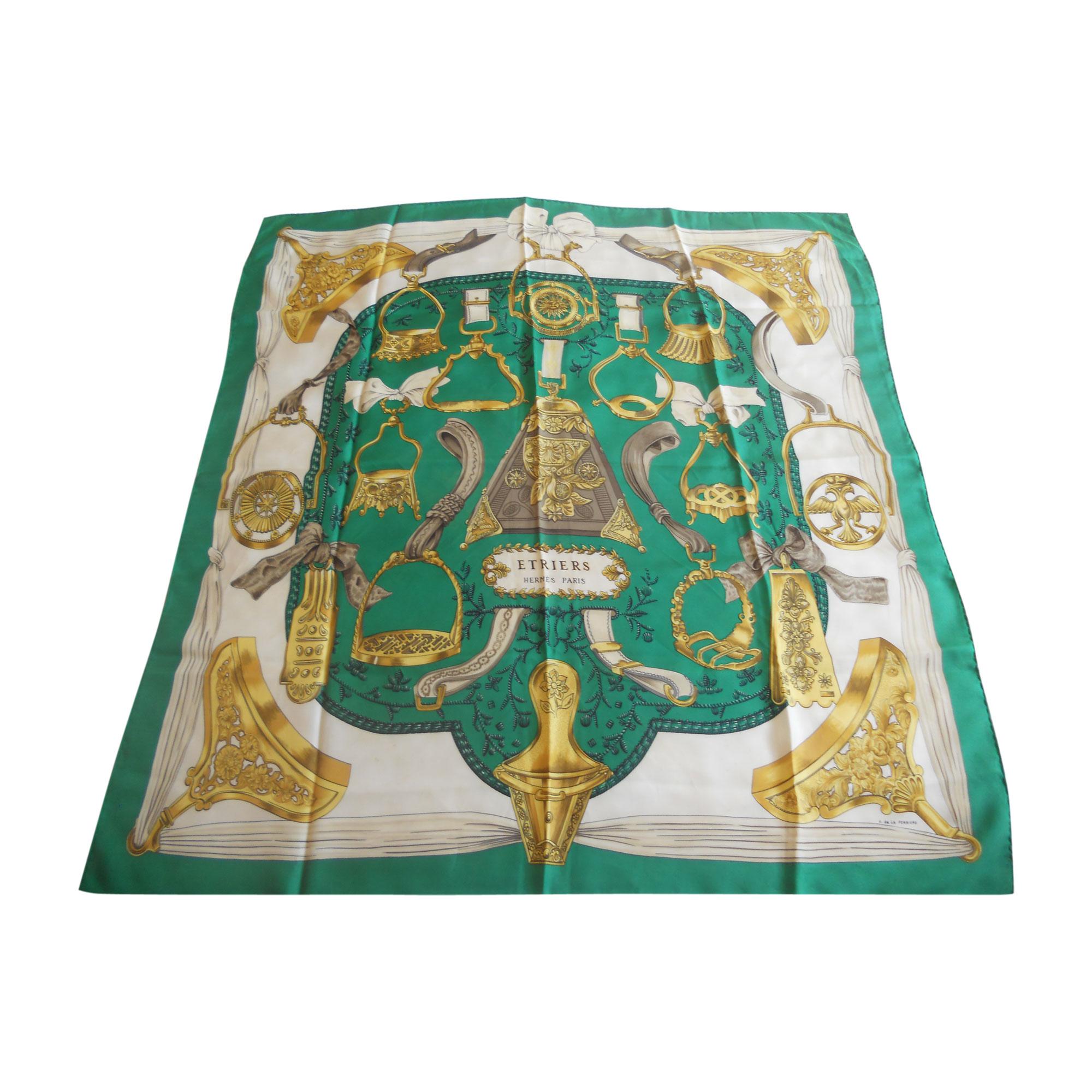 Foulard HERMÈS vert - 5143204 388ca4bbd3f