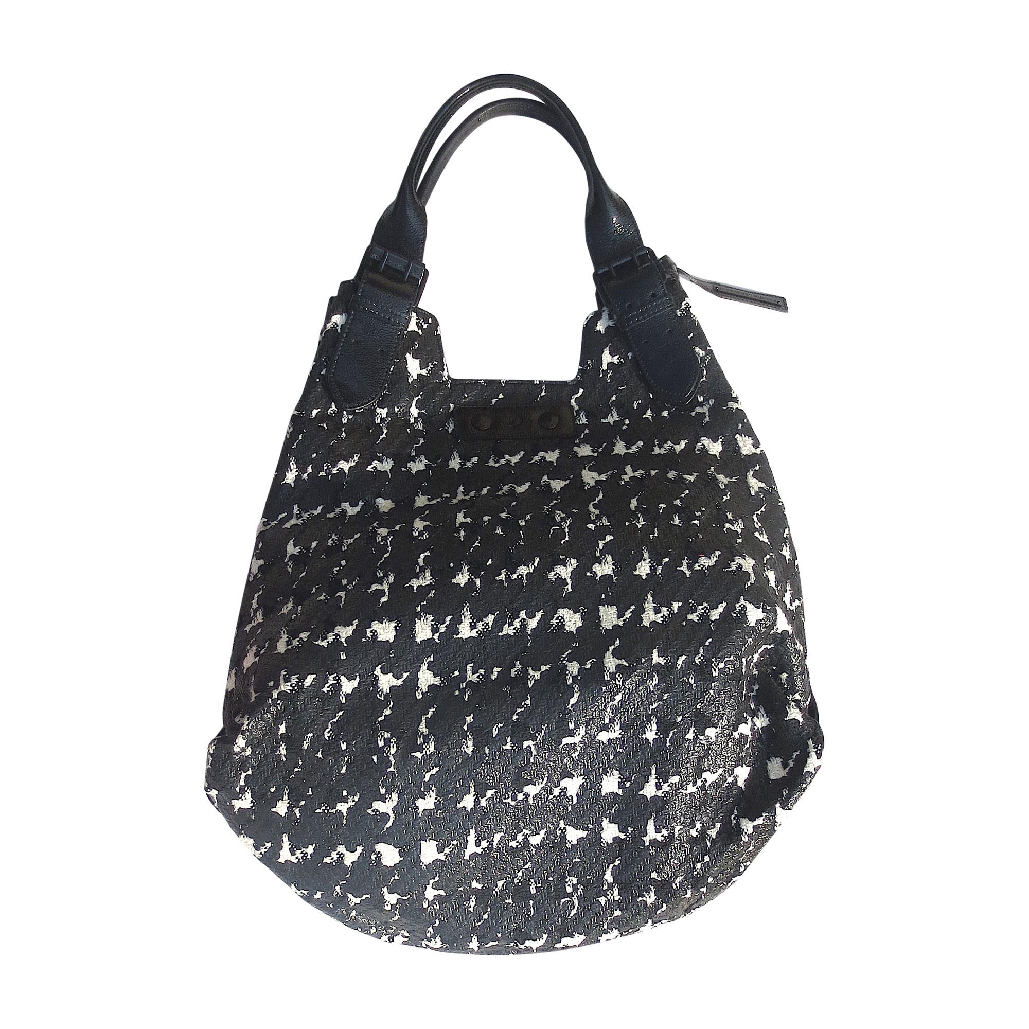 Leather Handbag ALEXANDER MCQUEEN black vendu par Javotte ...